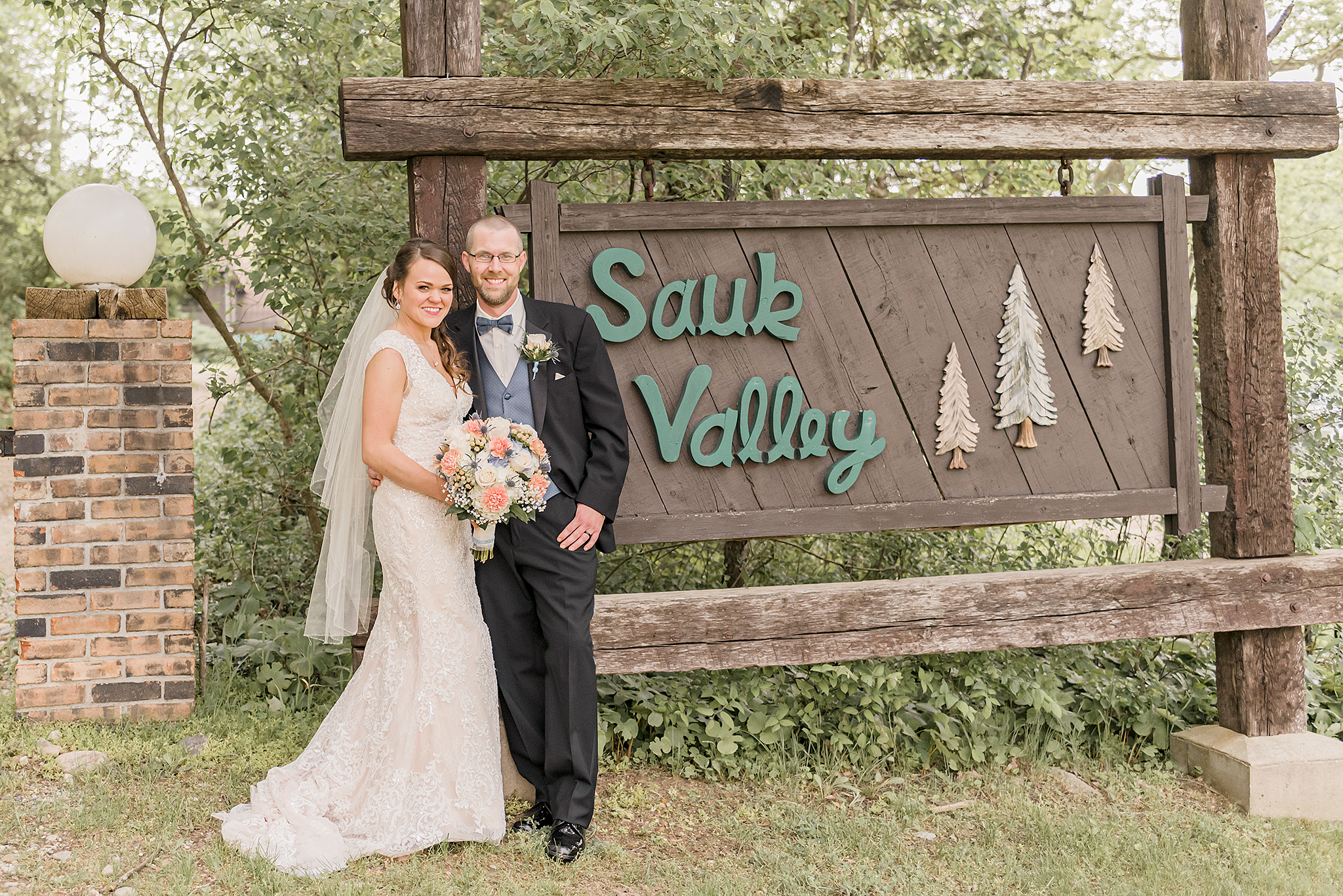 Lindsay-Adkins-Photography-Michigan-Wedding-Photographer-Sauk-Valley-Brooklyn-Michigan43