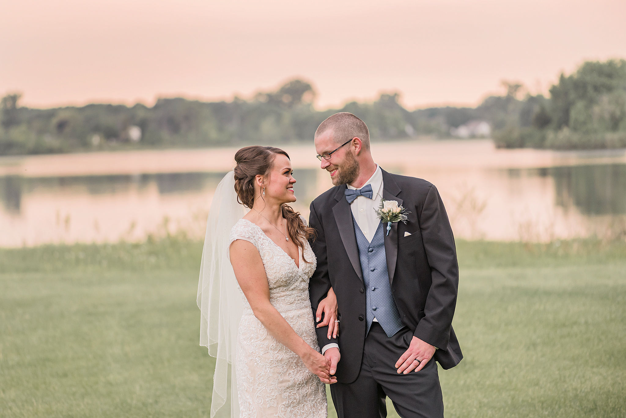 Lindsay-Adkins-Photography-Michigan-Wedding-Photographer-Sauk-Valley-Brooklyn-Michigan45