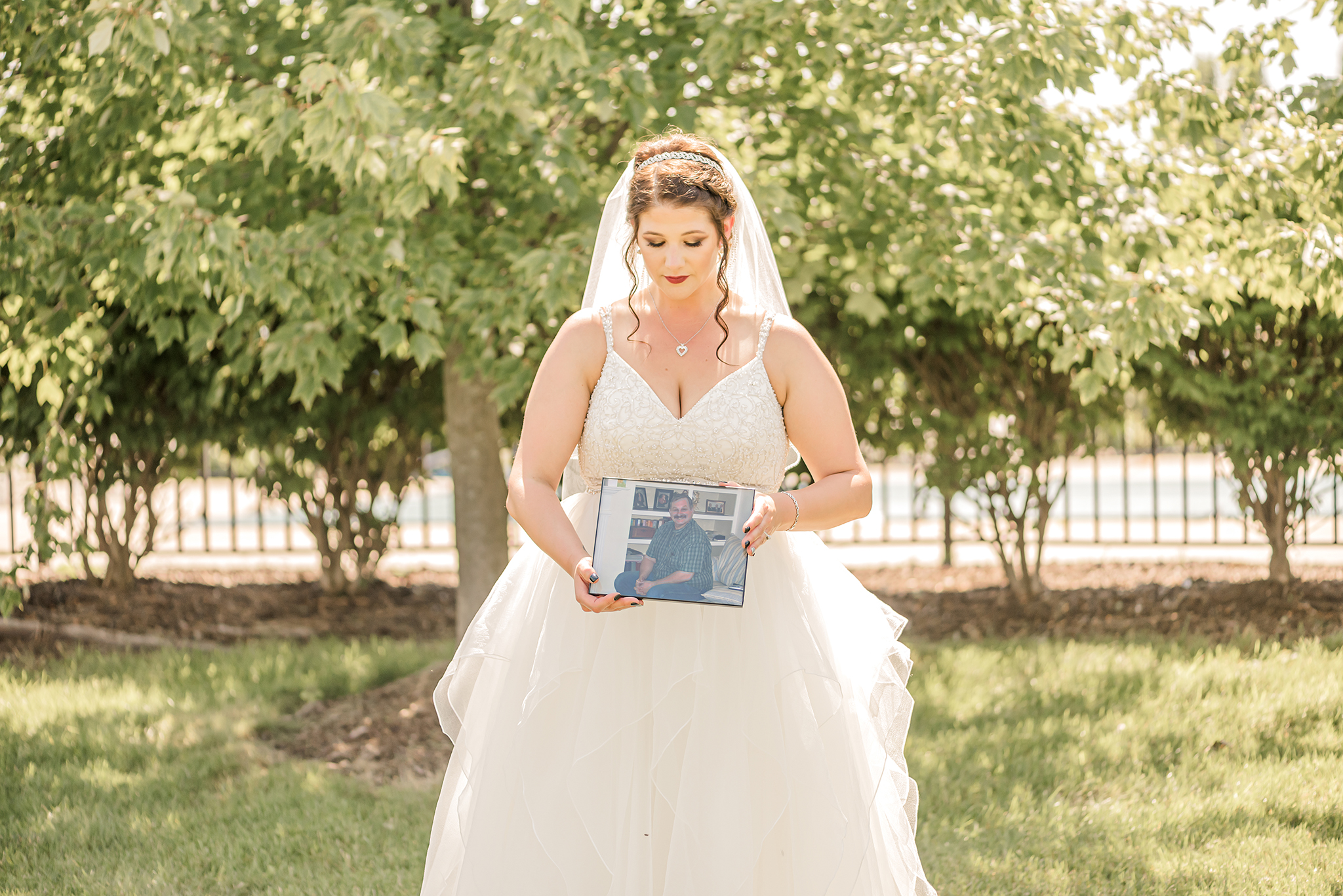 LINDSAY-ADKINS-PHOTOGRAPHY-Michigan-Wedding-Photographer-9