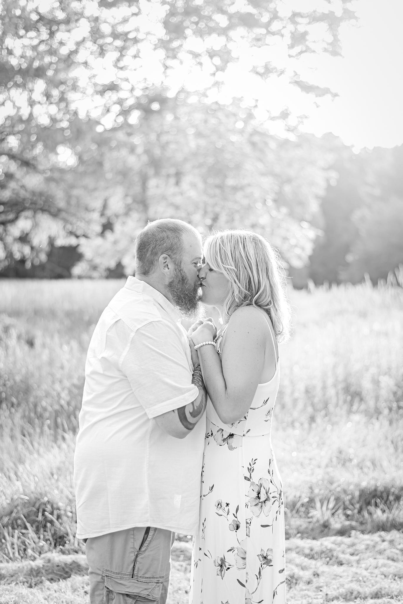 Lindsay-Adkins-Photography-Michigan-Engagement-And-Wedding-Photographer9