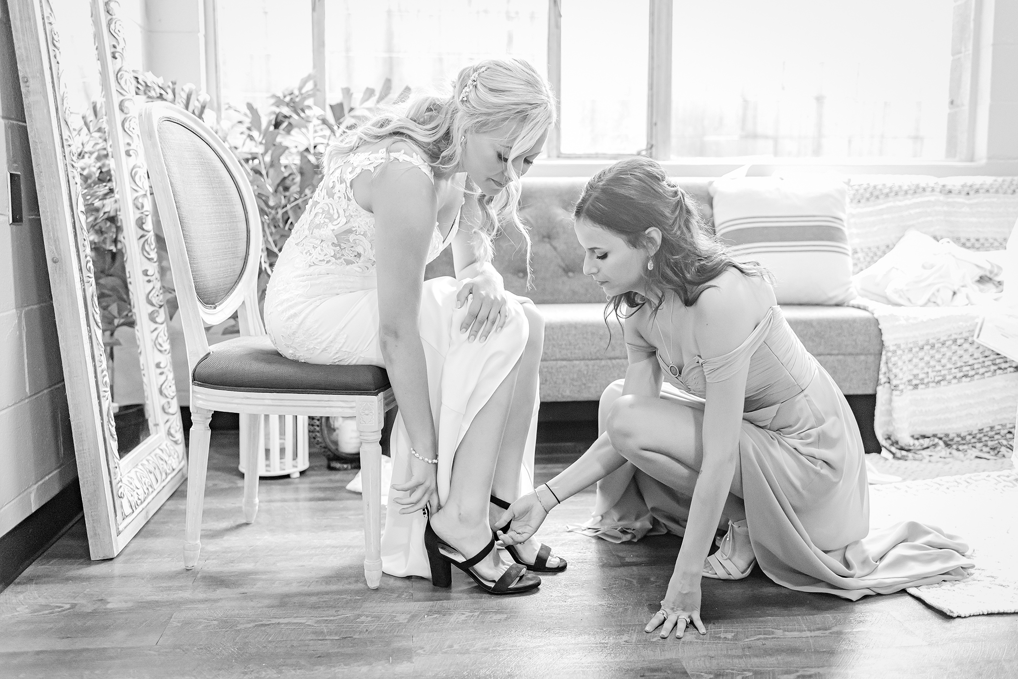 Lindsay-Adkins-Photography-Michigan-Wedding-Photographer-Tecumseh-Michigan-9b
