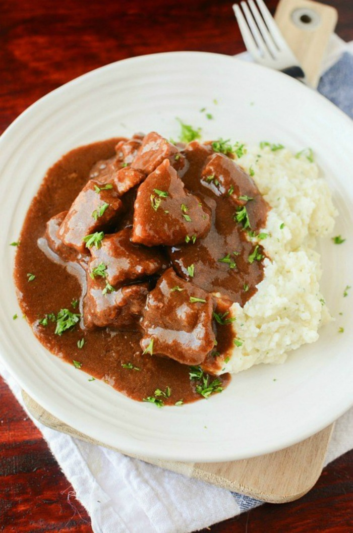 Slow Cooker Crockpot Beef Tips and Gravy