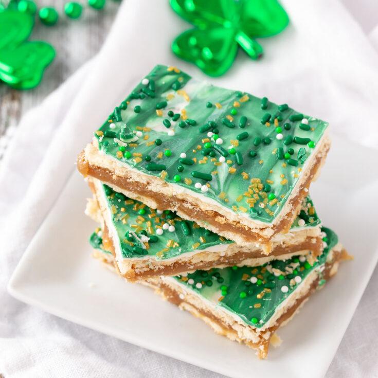St. Patrick Club Cracker Bars