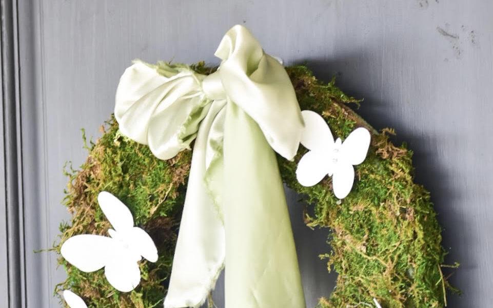 Diy Spring moss Wreath