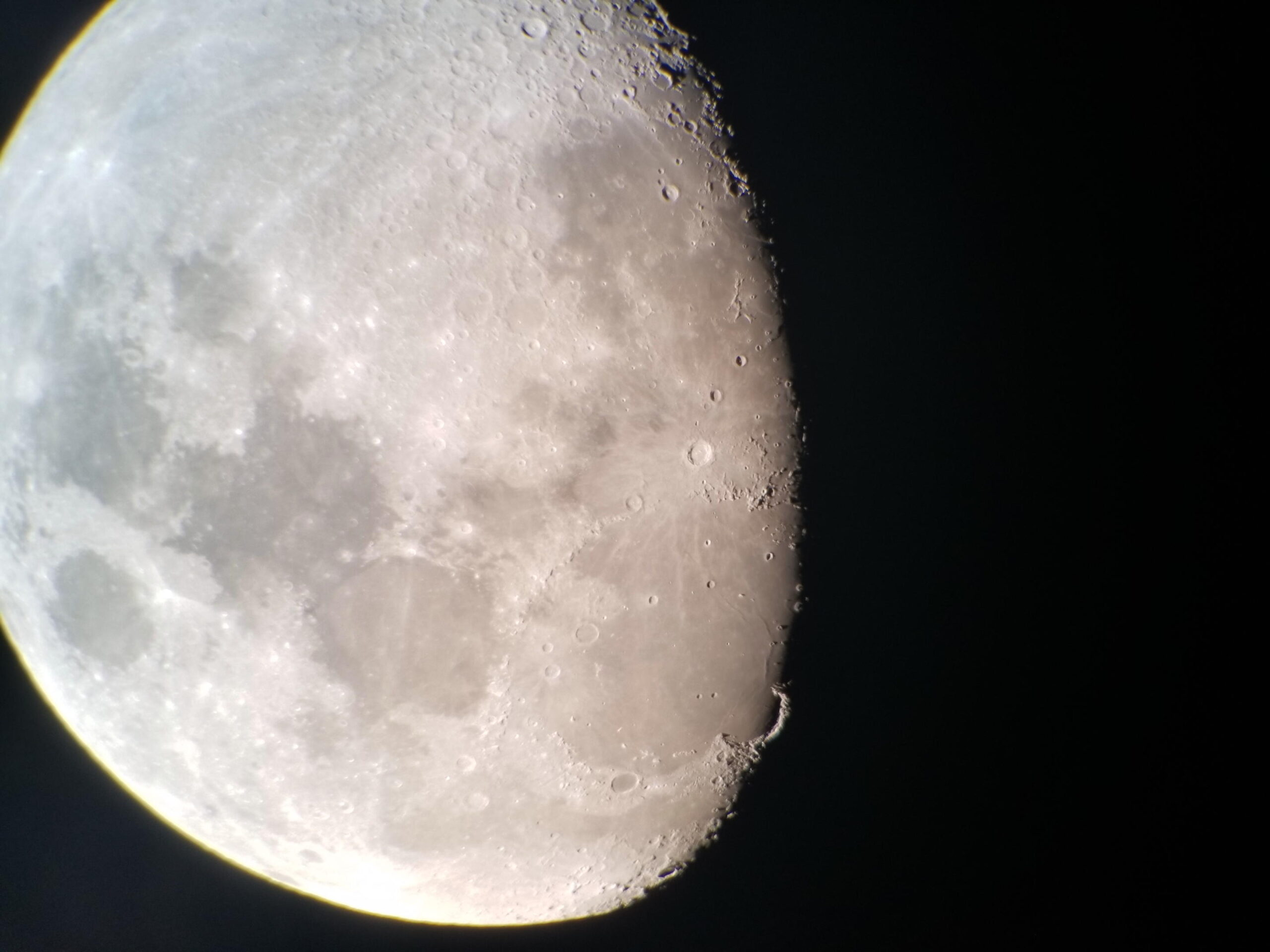 LUWD #0005 – Cell Phone Lunar Photography, Almach, Star Colors, Messier Marathon
