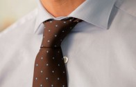 How to Tie a Half-Windsor Knot | Men's Fashion