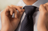 How to Tie a Tie (Mirrored / Slowly) – Full Windsor Knot
