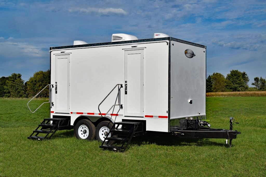 Oil Field Restroom Trailer Rich Specialty Trailers 5 Sta
