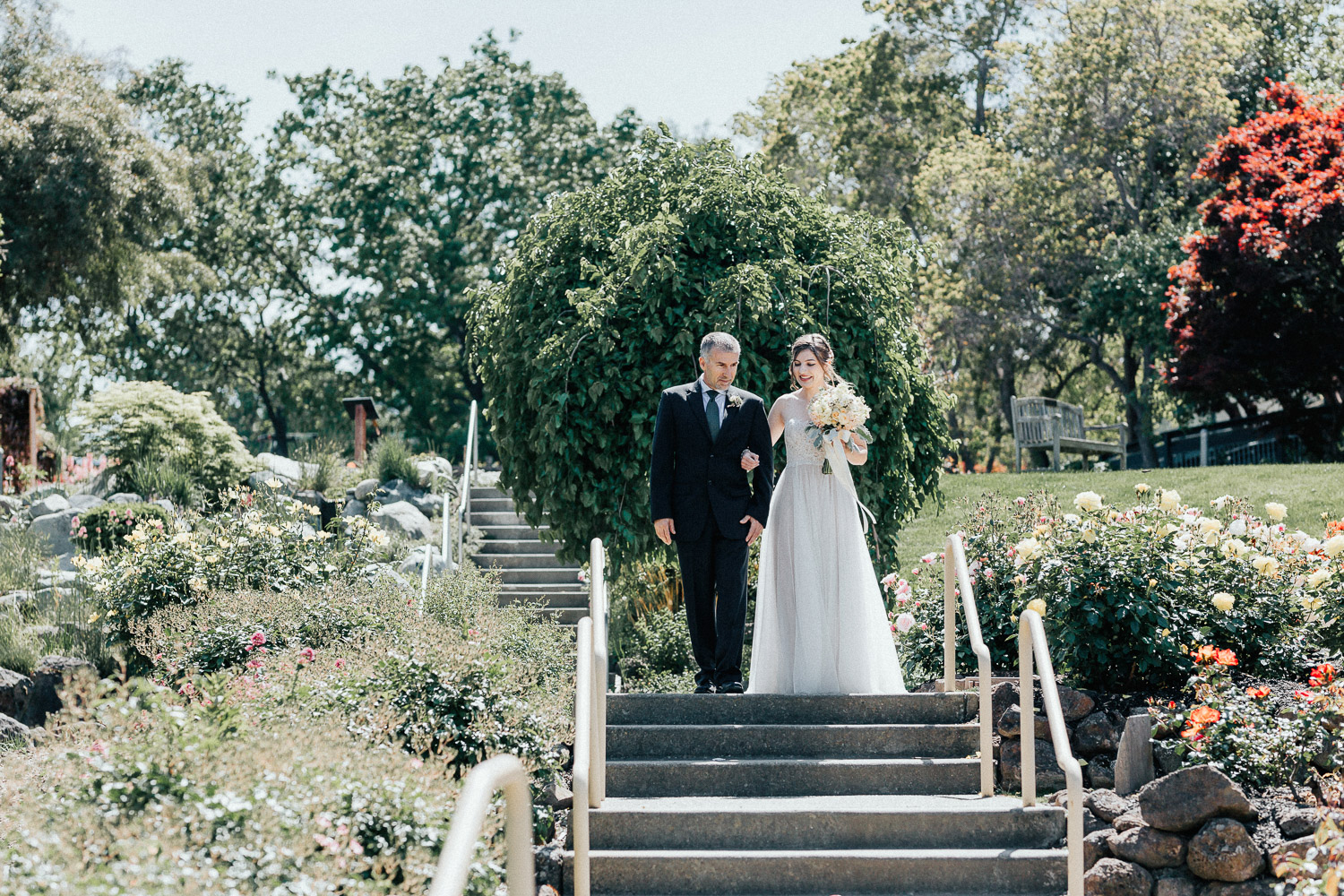 Image of bride walk down the aisle with bride's father