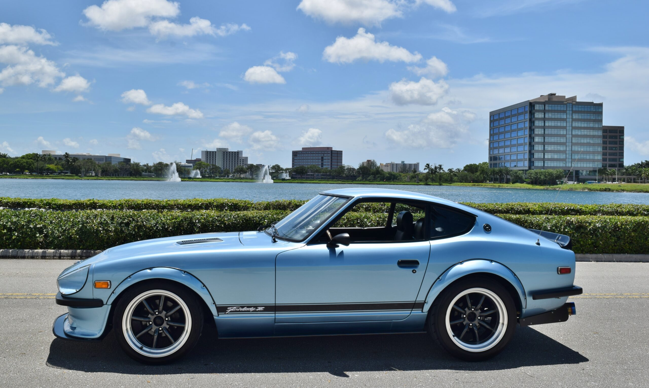 1977 Datsun 280Z 5 Speed Manual -Flared- Competition Headers/ Exhaust – Cold AC