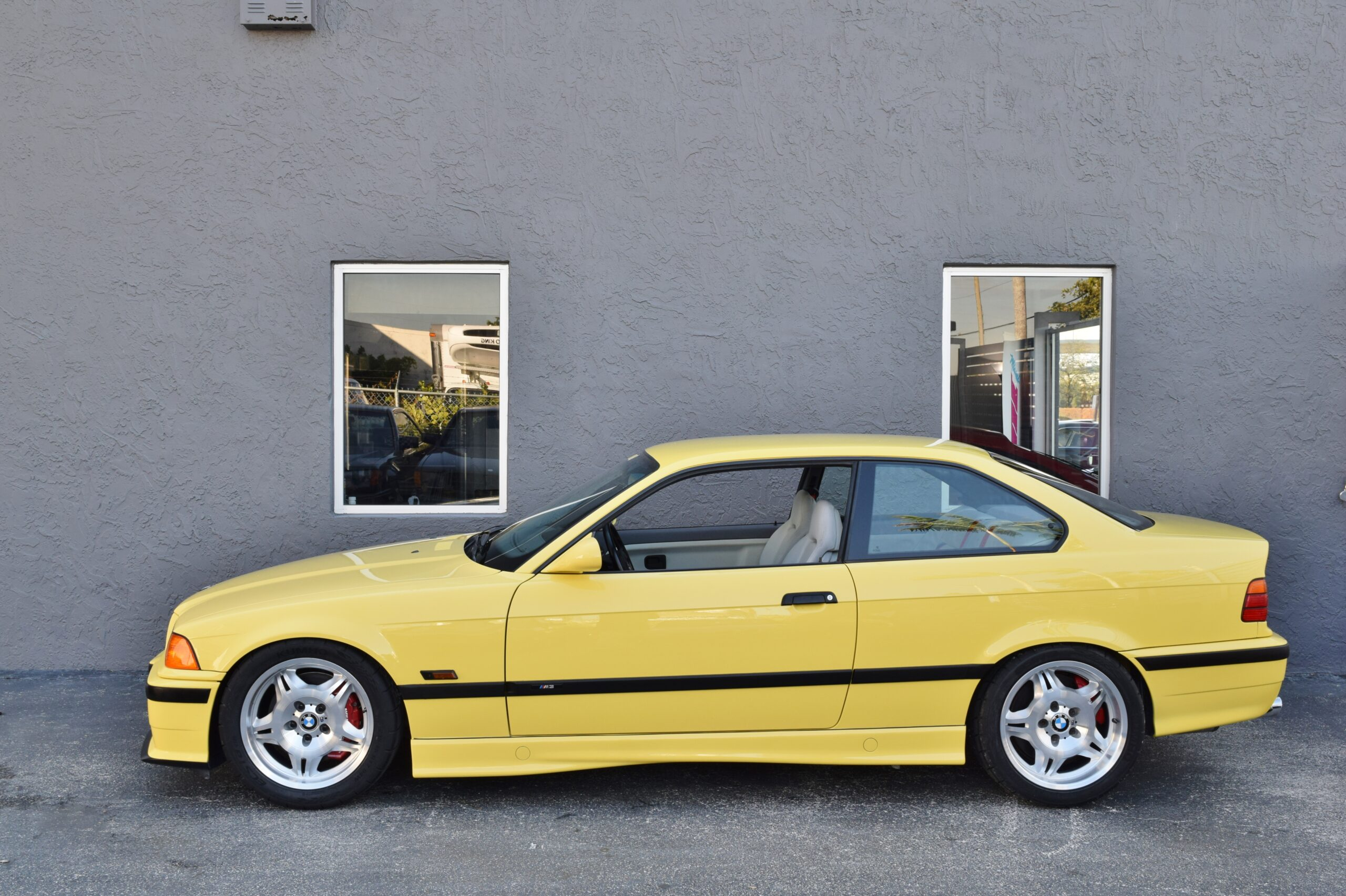 1994 BMW M3 Euro E36 Powerful S50B30 Motor- euro spec M3 – Slick top – only 42.000 miles