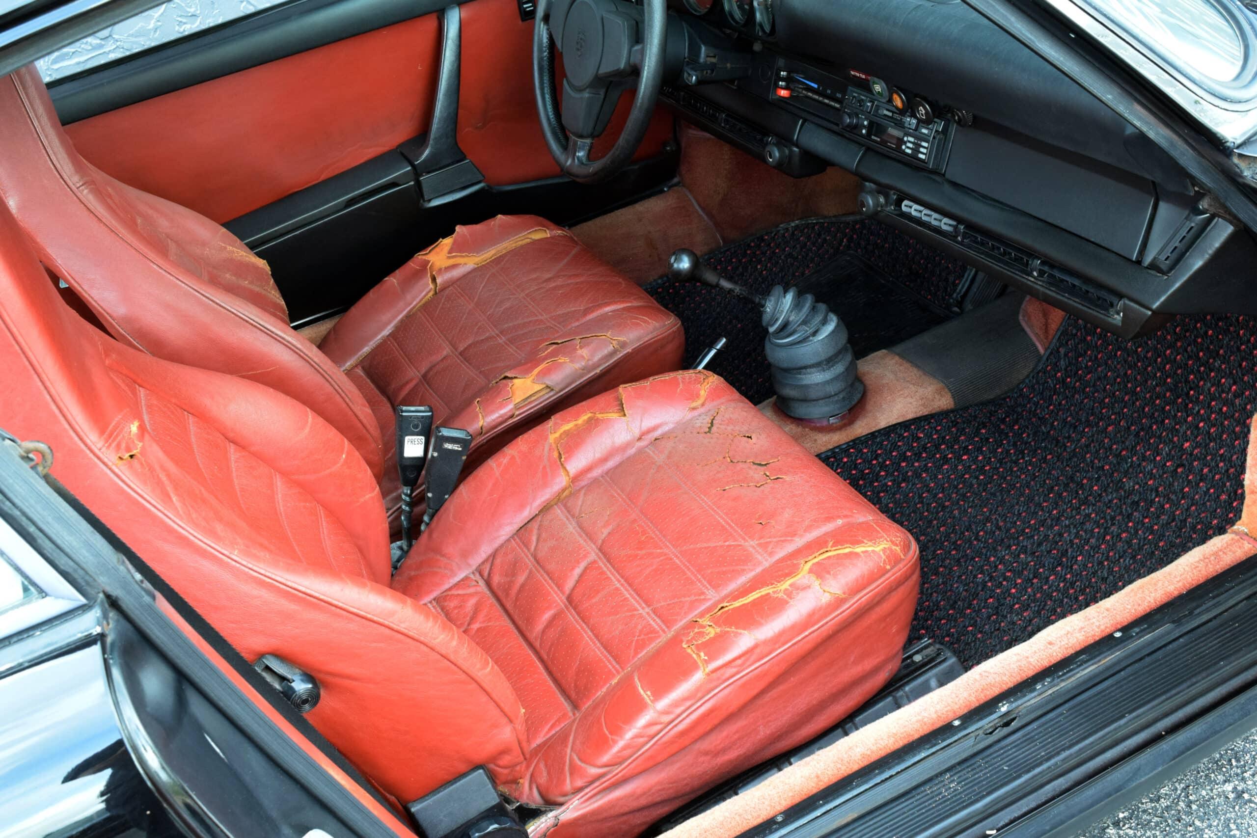 1974 911 Sunroof Carrera US, one of just 518 made, Barn Find, Original interior, Carrera Ducktail, original Manuals and Tools
