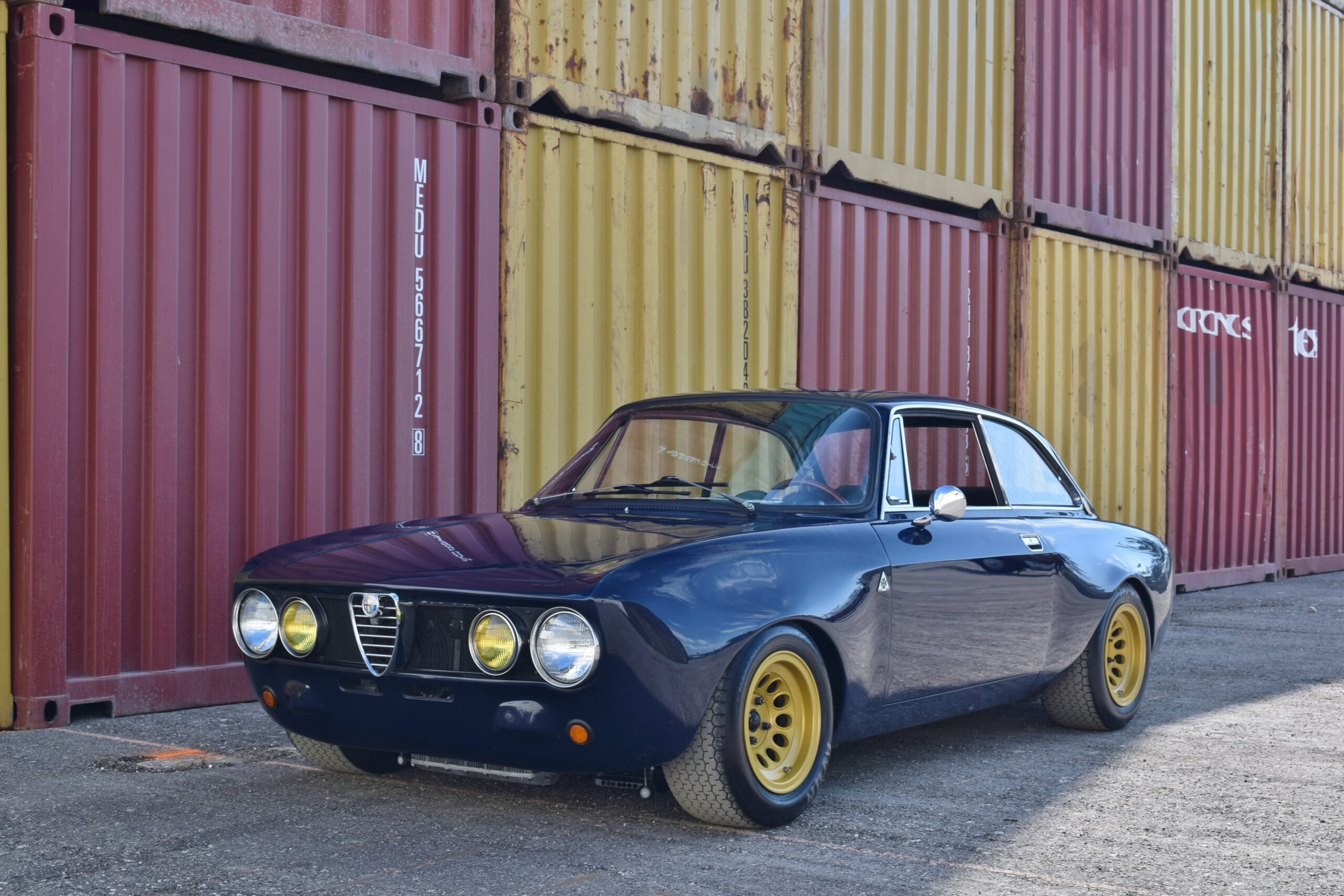 1971 Alfa Romeo GTV GTAM Tribute Alfaholics Built 2.0L Twin Plug Quaife Sequential trans- GTAM Brakes/ Suspension