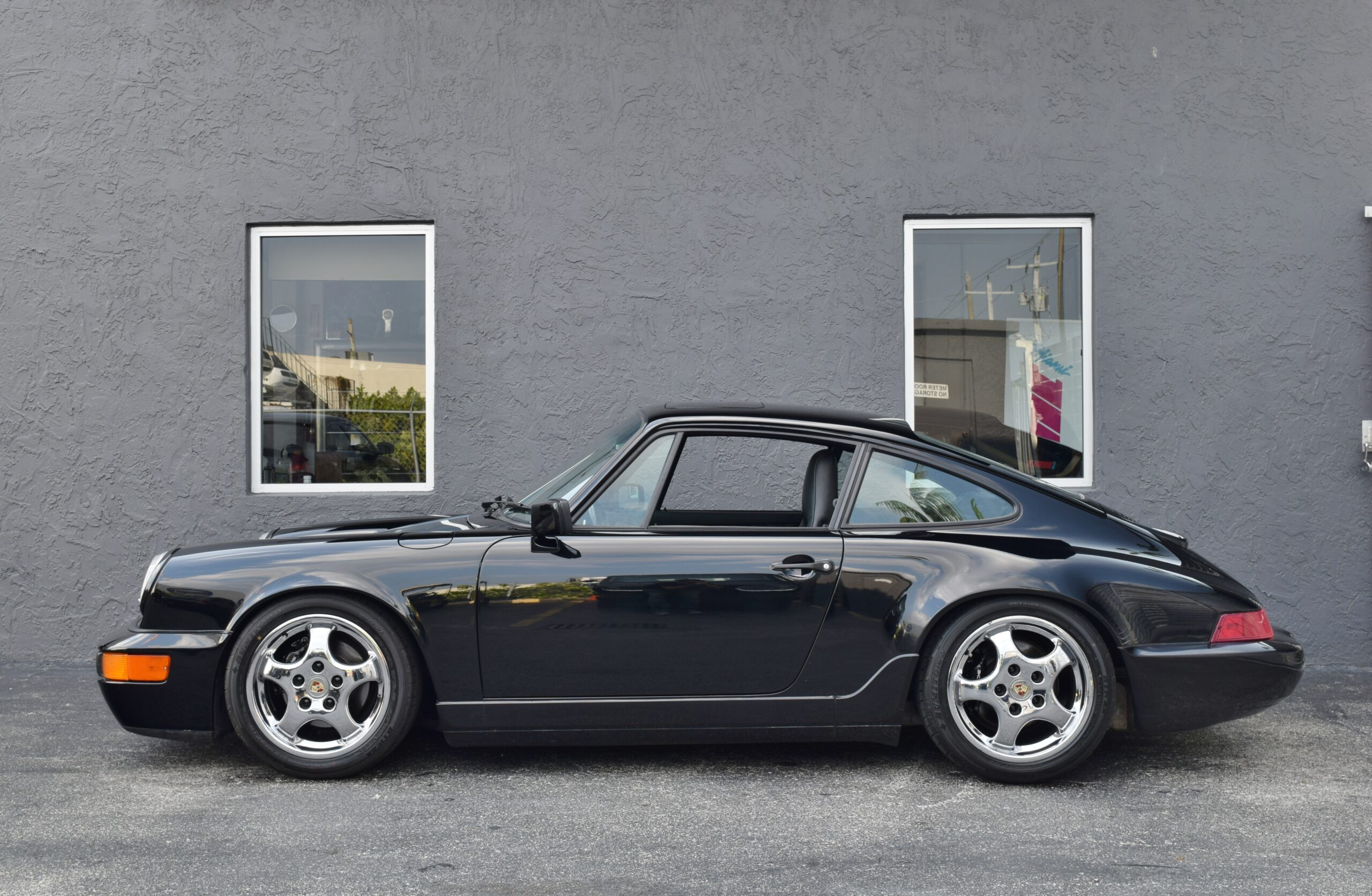 1991 Porsche 911 964 Carrera 4 Same owner for 27 years – Turbo Cup Wheels – 5 Speed – Extensive Service Records