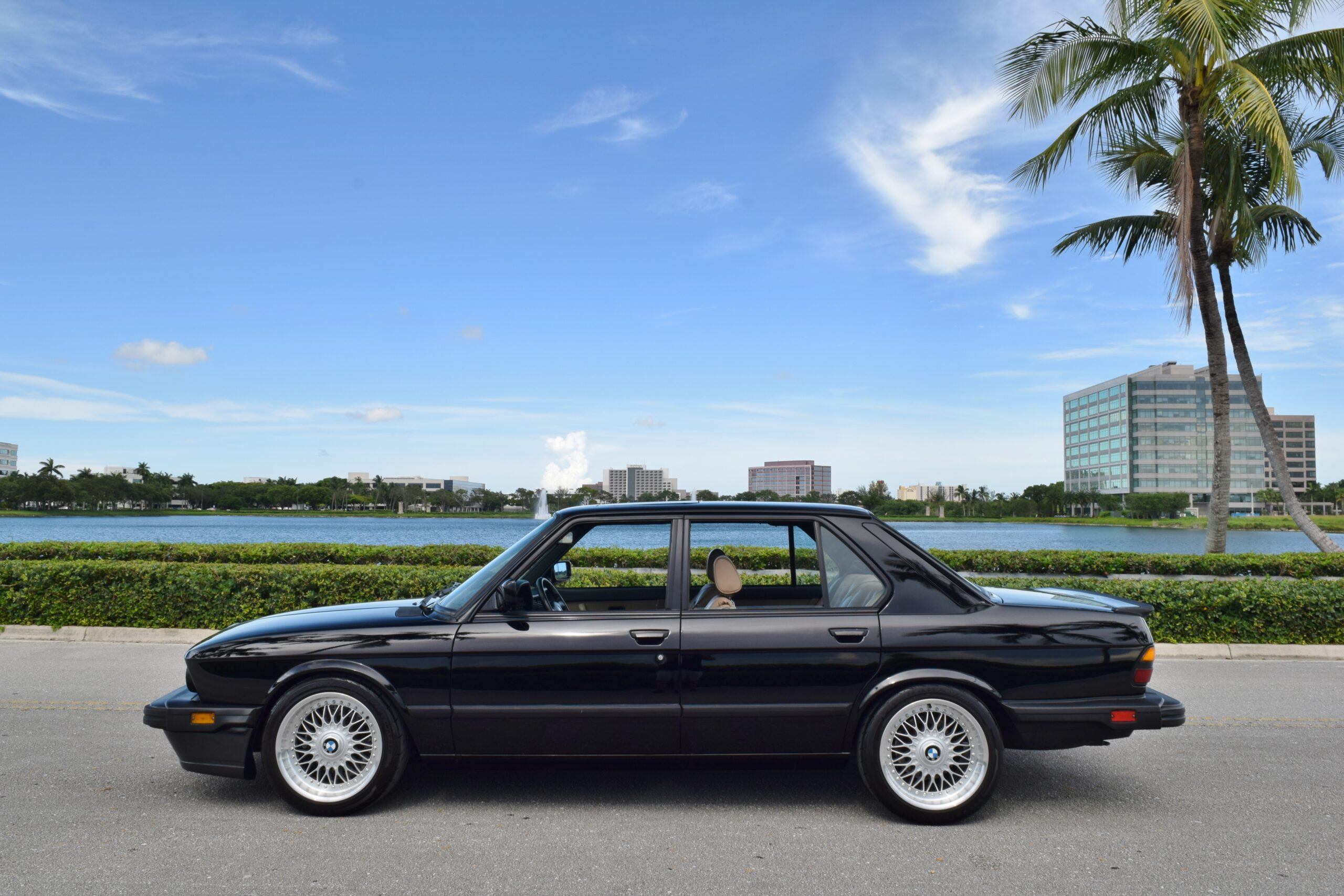 1988 BMW M5 E28 Well Sorted-California Car-Brembo Big Brakes -Full Service History- No Accidents
