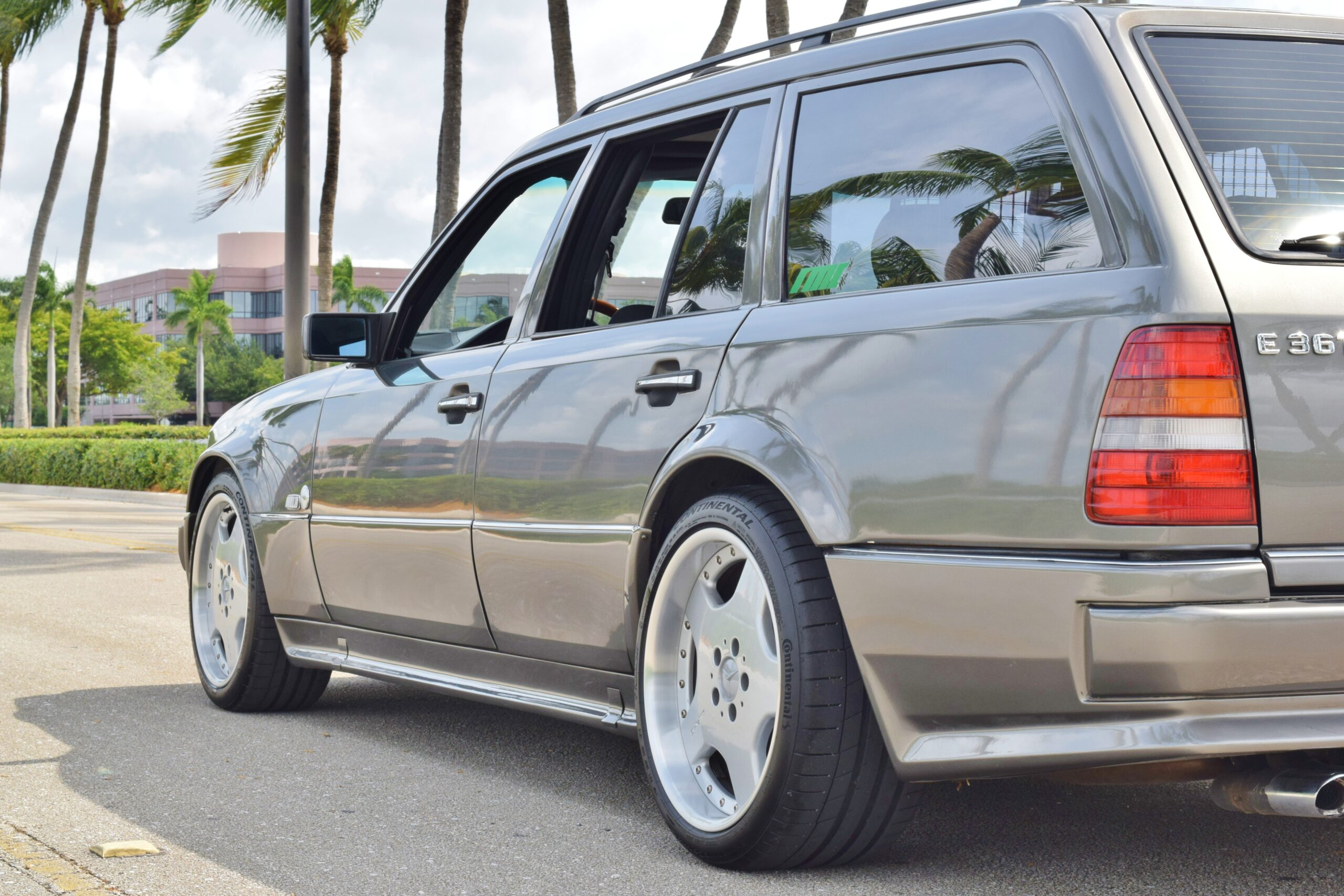 1994 Mercedes-Benz S-124 AMG WIDEBODY WAGON AMG Japan EURO 300TE/E36T -Euro Checkered Cloth-AMG Monoblocks-Service History