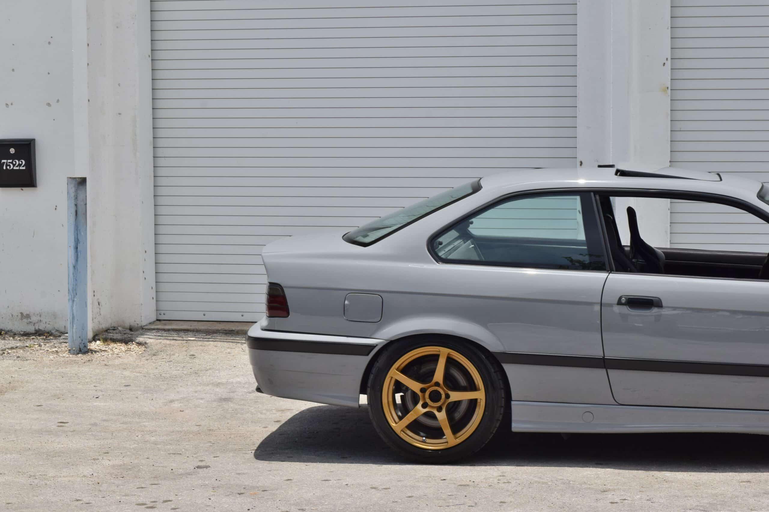 1995 BMW M3 Euro S50 Euro E36 M3 – Nardo Gray – Low Miles – Advan Wheels – Recaro Seat – Rear seat delete