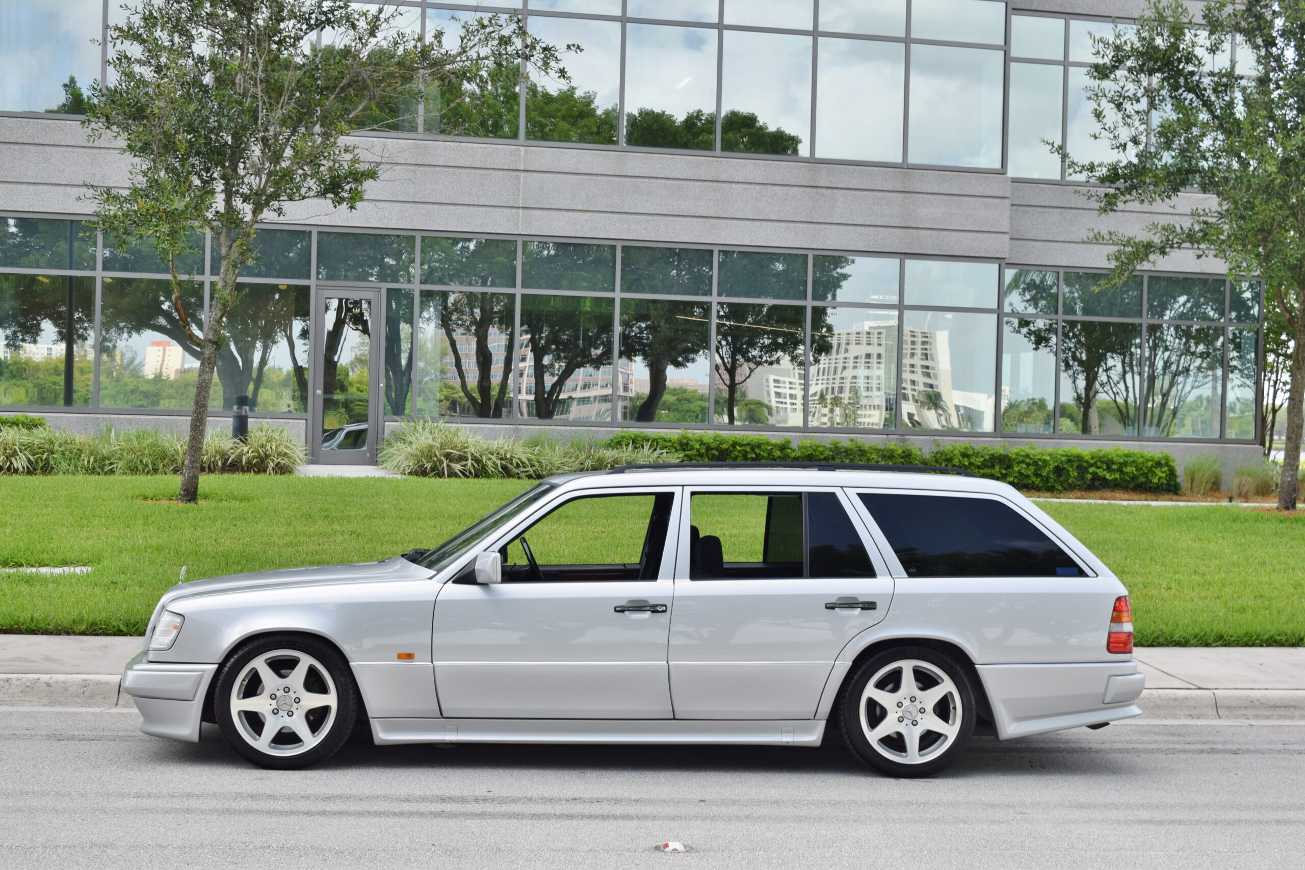 1994 Mercedes-Benz E-Class S124 Wagon RHD Euro – AMG Aero – EVO Wheels – Adjustable Koni's – ONLY 61K Miles – LIKE NEW