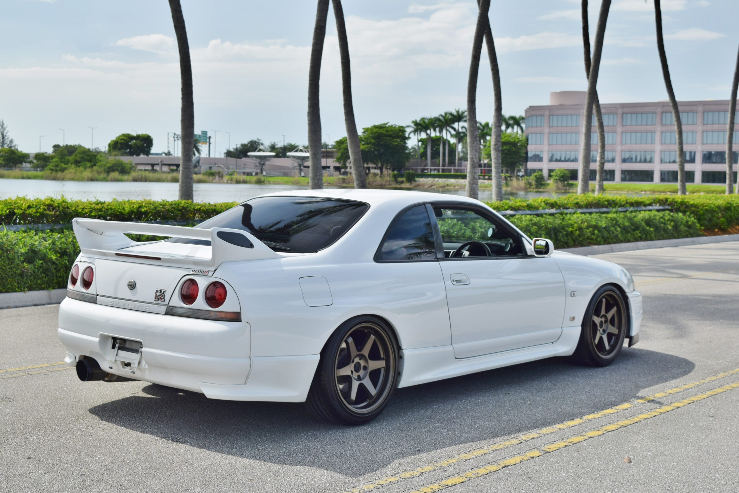 1995 Nissan GT-R R33 Skyline Only 66K Miles-Nicely Modified High Quality Parts -HKS Coilovers- Full Bolt On