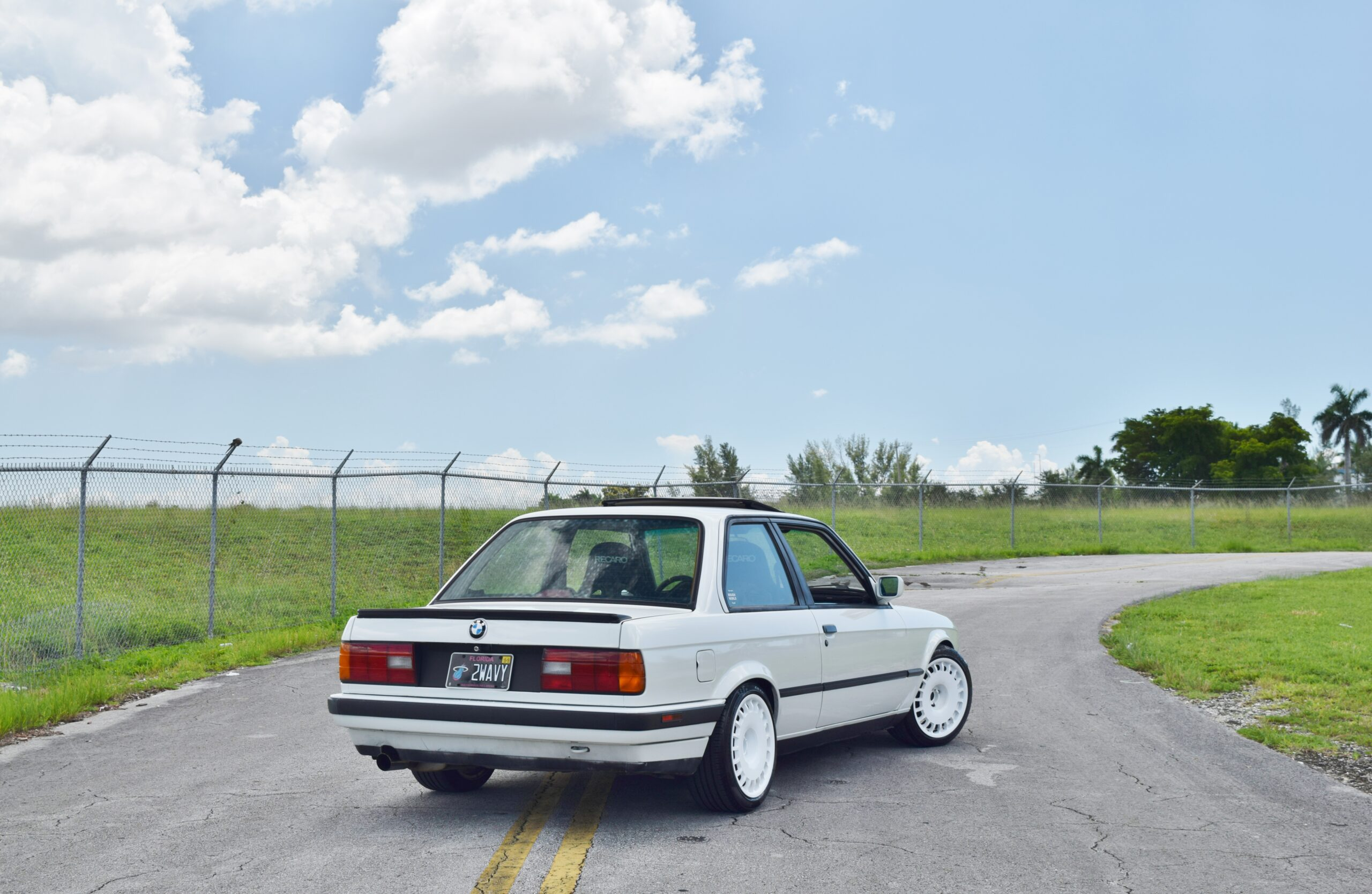 1991 BMW 3-Series E30 318IS -S50 Swap- Recaro Seats – 5 Speed Manual – Well Sorted – Excellent Driver