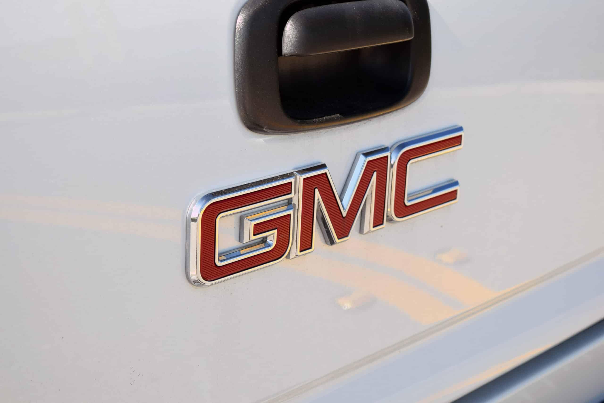 GMC 5500, LOW MILE, VERY RARE MONROE KODIAK CONVERSION, KELDERMAN SUSPENSION, PRODIGY BRAKE CONTROLER, REYCO AIR CONTROL KIT