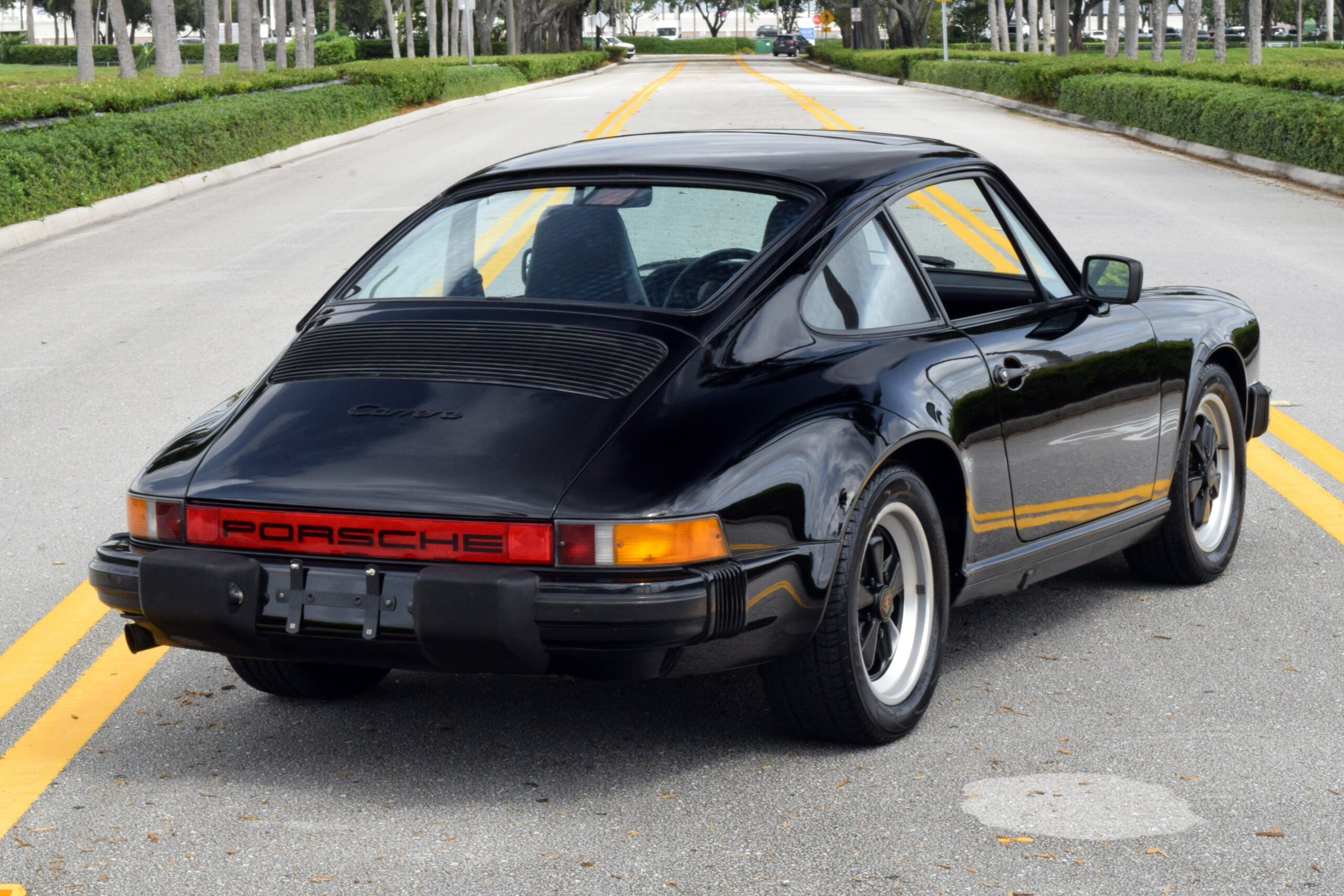 1986 911 Carrera, same owner for almost 20 years, amazing condition