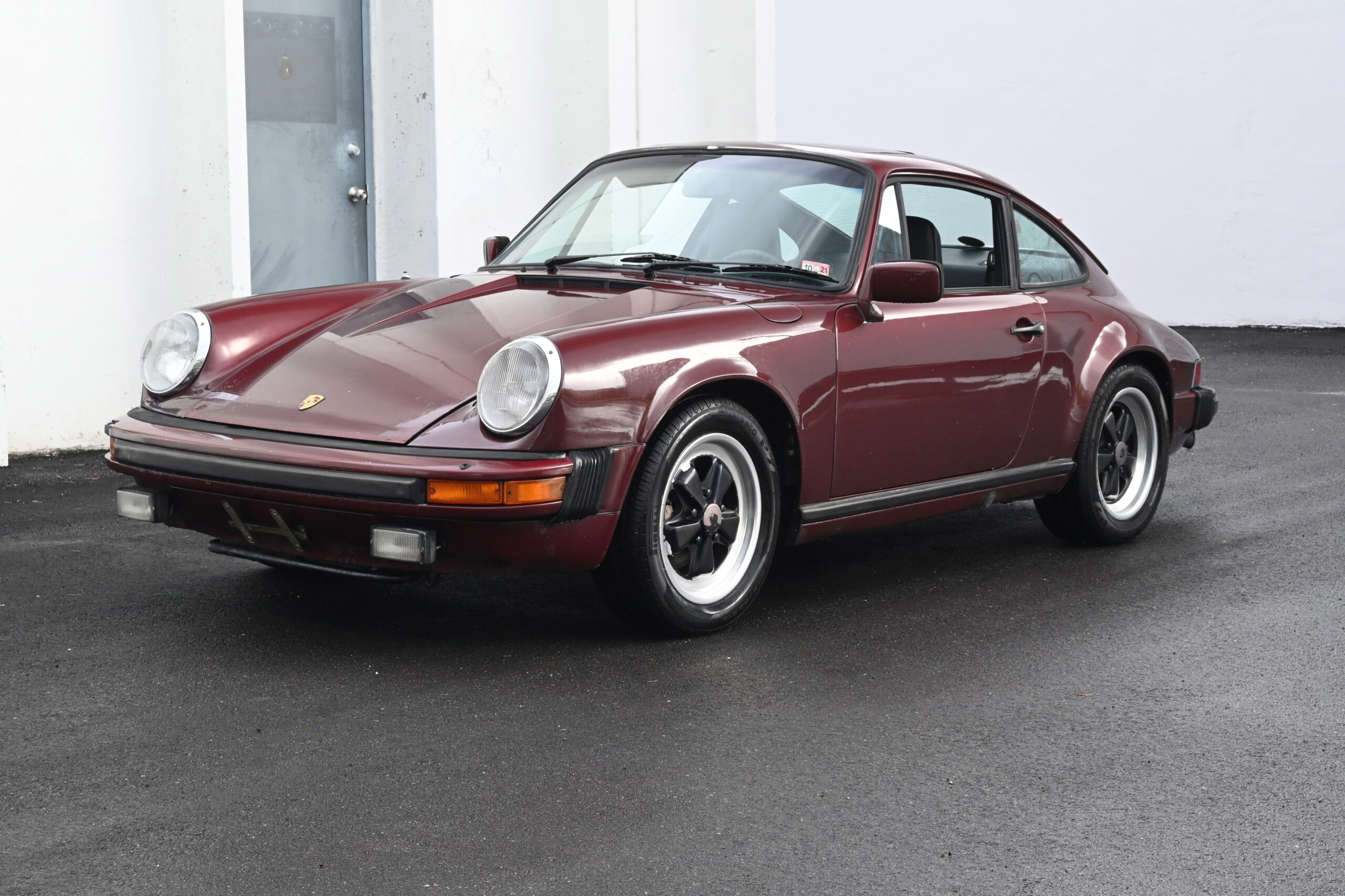 1983 Porsche 911 SC Barn find
