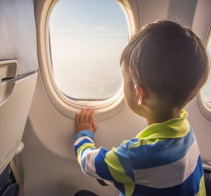 How To Travel Safely On An Airplane With Kids