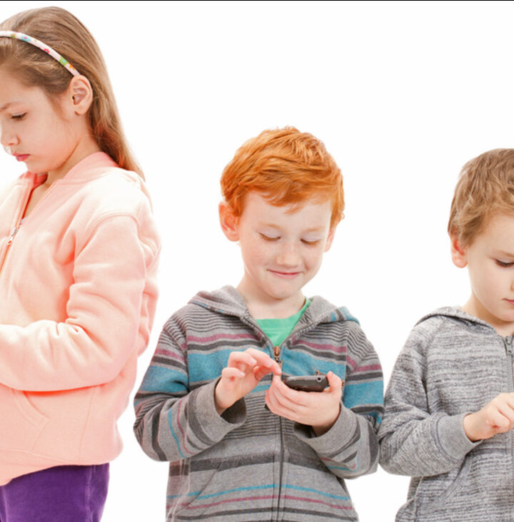 When To Give Your Child A Cell Phone