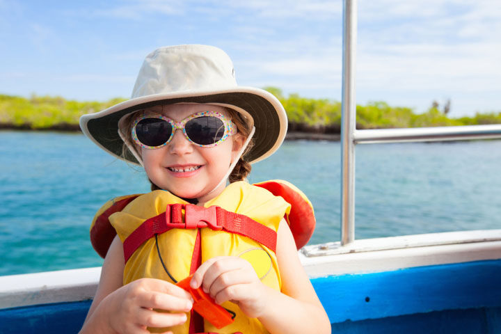 Make Sure Your Kids Have Fun In The Sun With These Safety Tips And Accessories