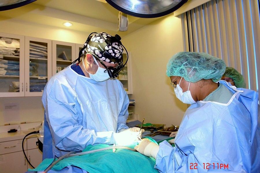 14-los-angeles-plastic-surgeon-office-dr-maan-kattash