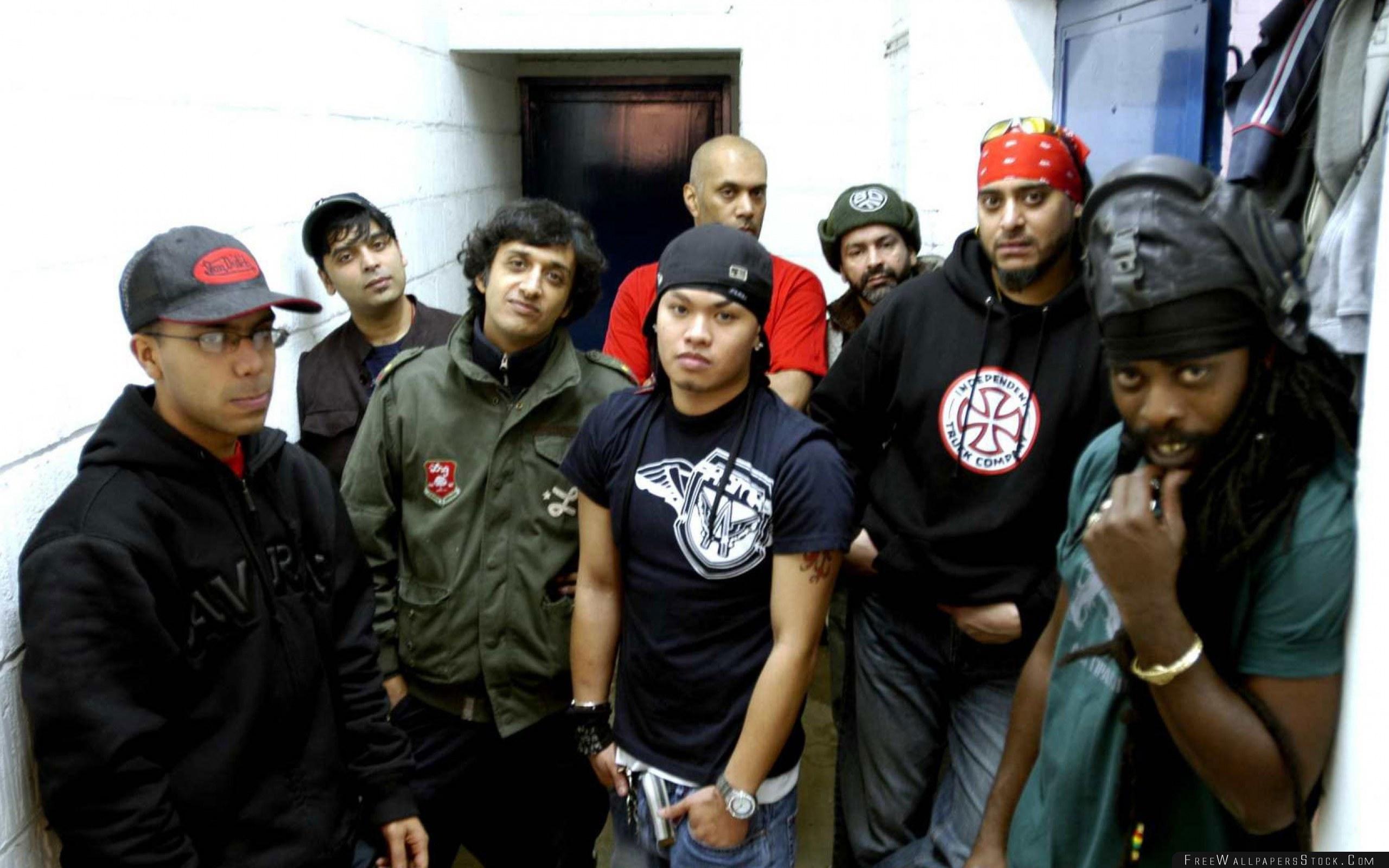 Download Free Wallpaper Asian Dub Foundation Band Members Look Room