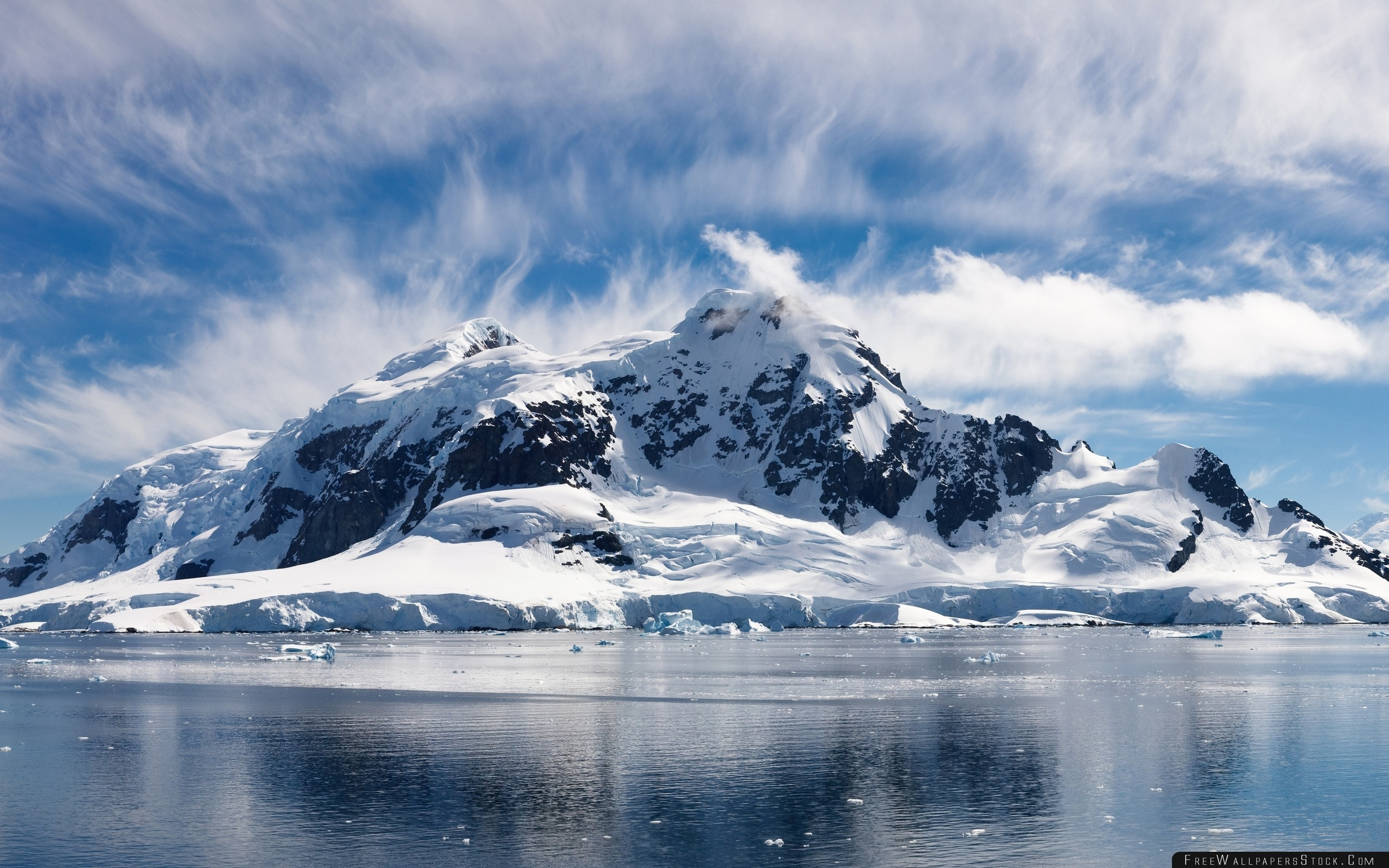 Download Free Wallpaper Top Snow Covered Cold Mountains Clouds Sky Merge Ice Frost Freshness