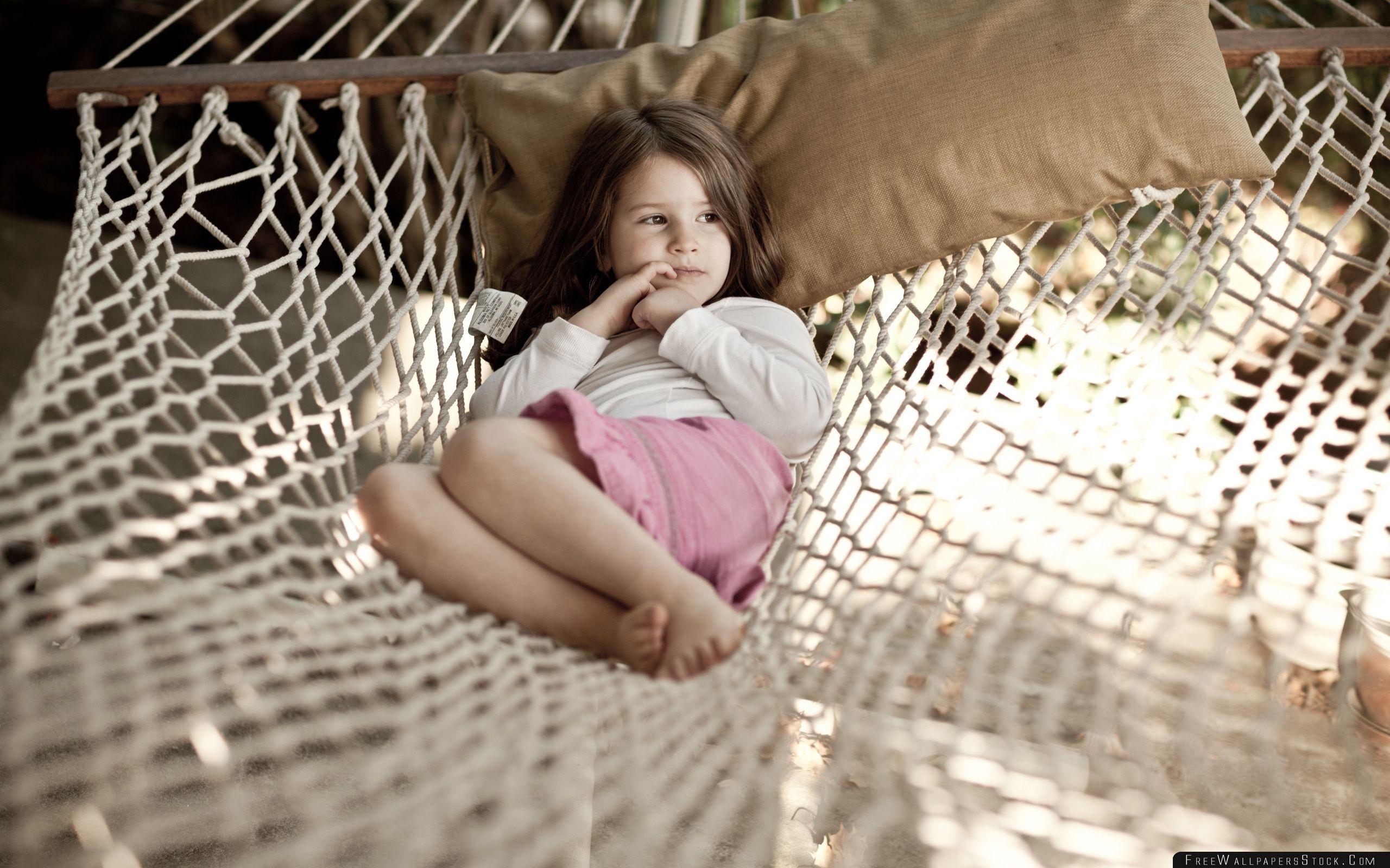 Download Free Wallpaper Little Girl   Hammock