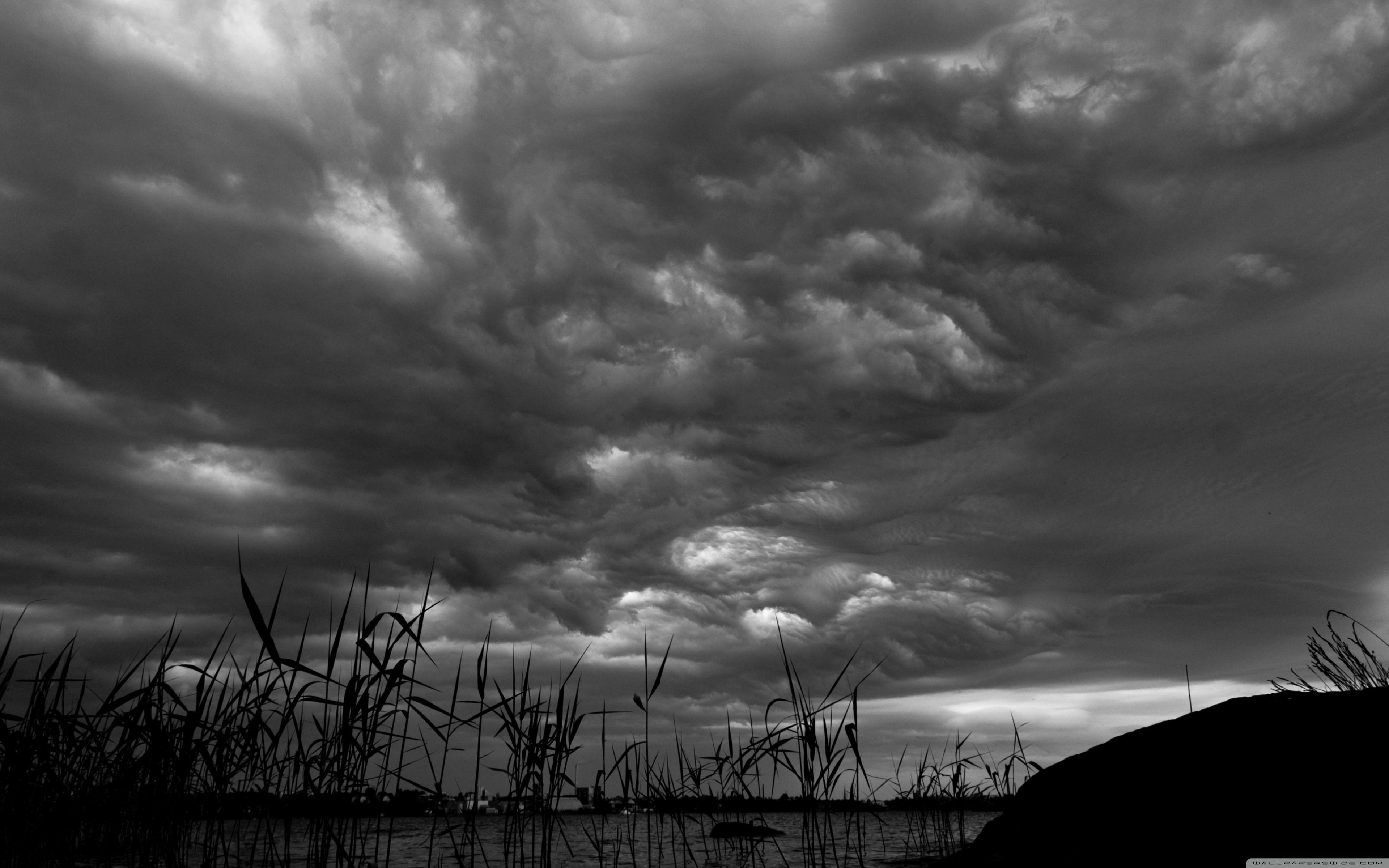 Download Free WallpaperDark Stormy Clouds