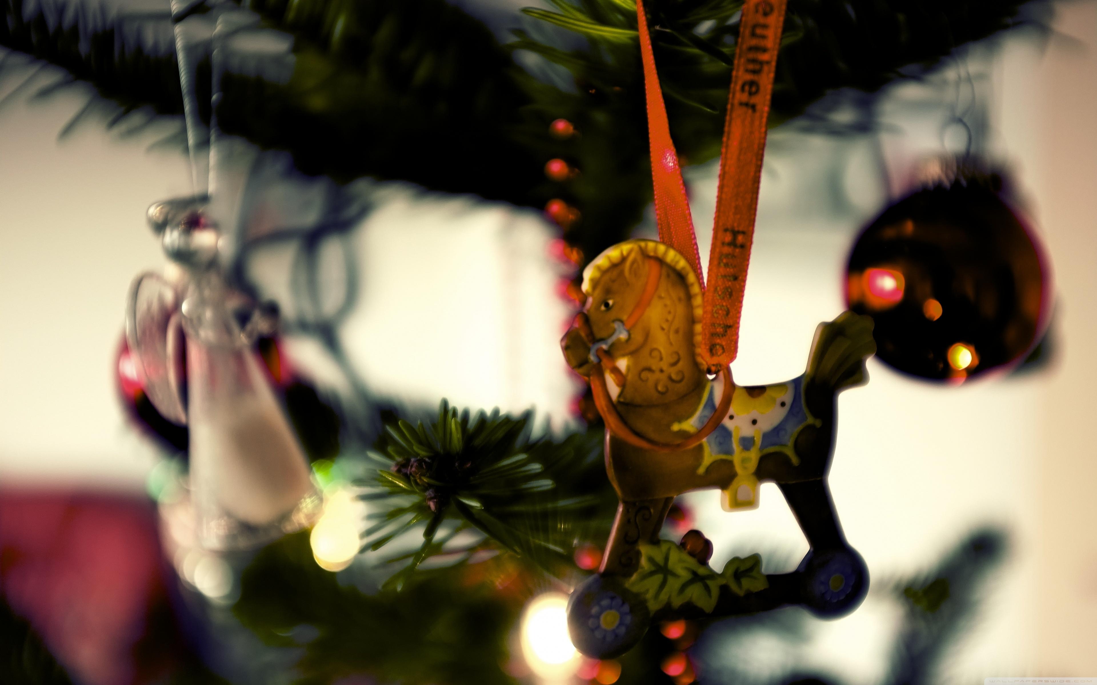 Download Free WallpaperHorse Christmas Tree Decoration