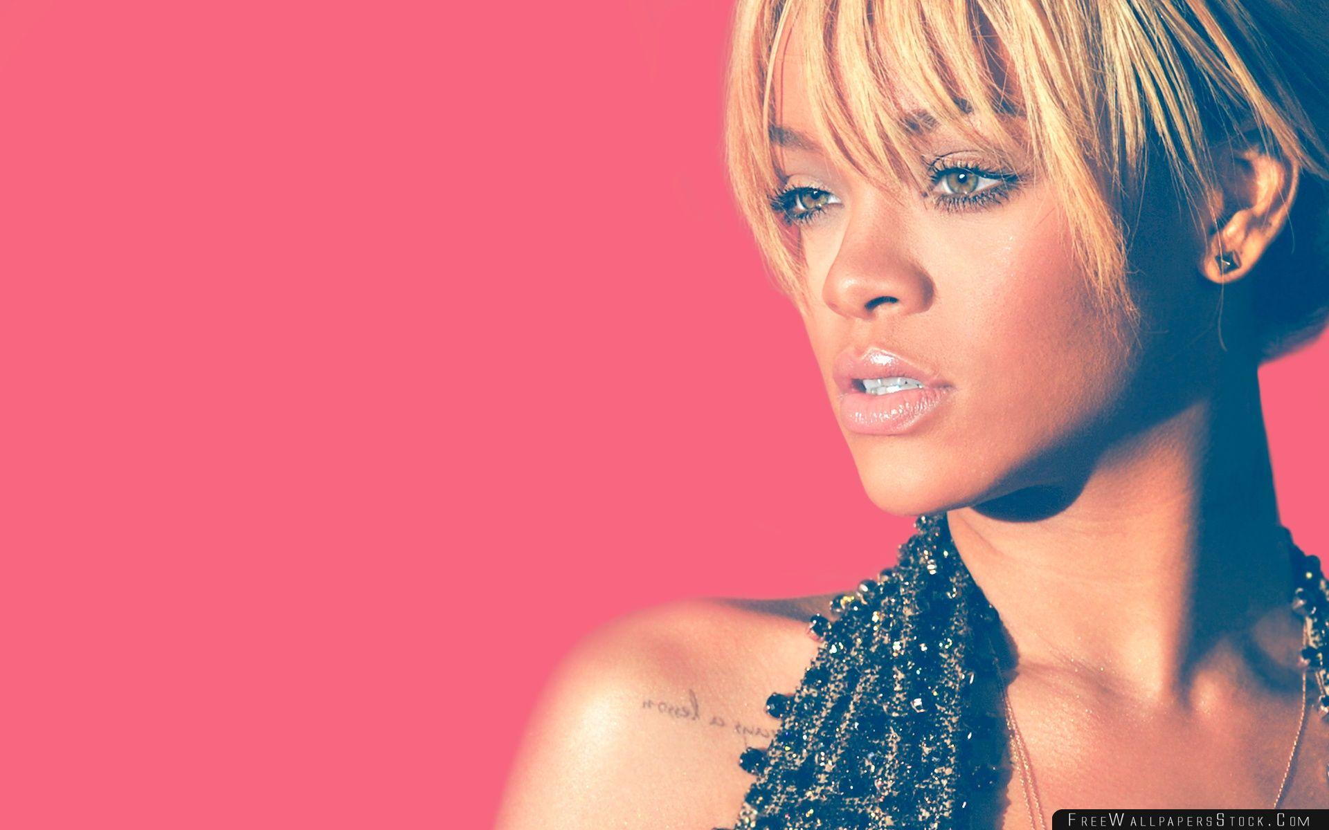 Download Free Wallpaper Rihanna Blonde Hair