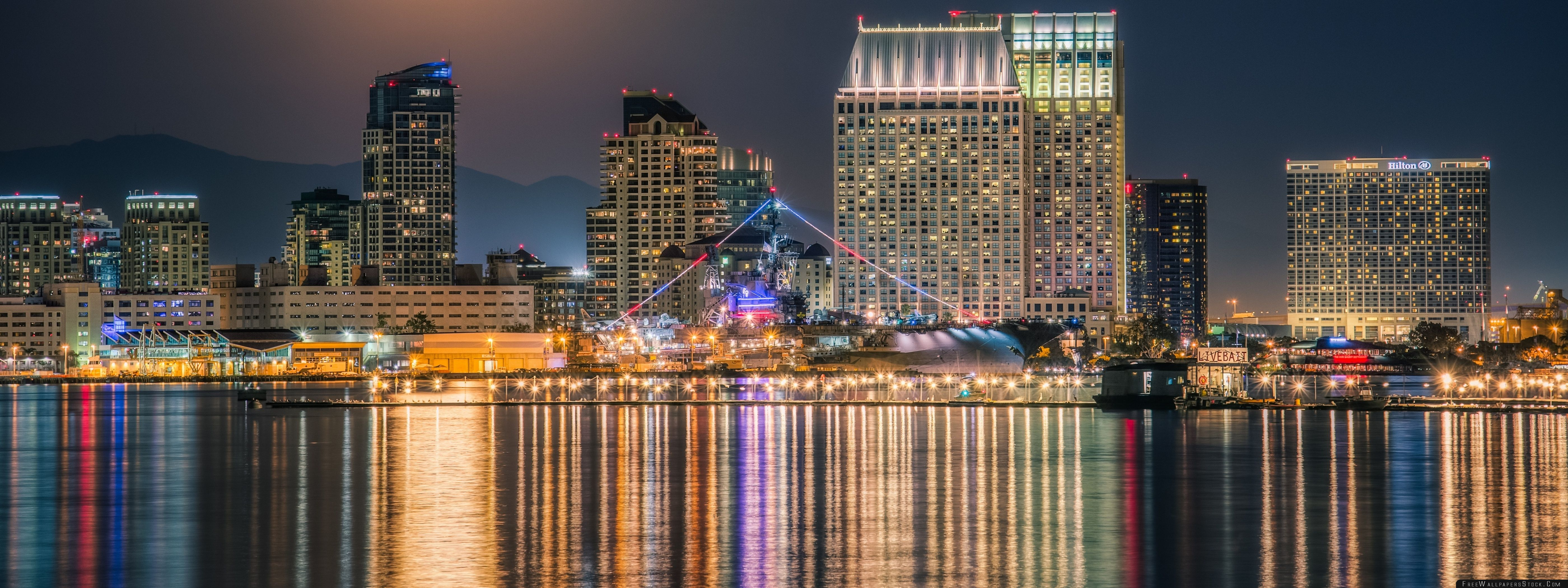 Download Free Wallpaper The Full Moon Rising Over Downtown San Diego Skyline