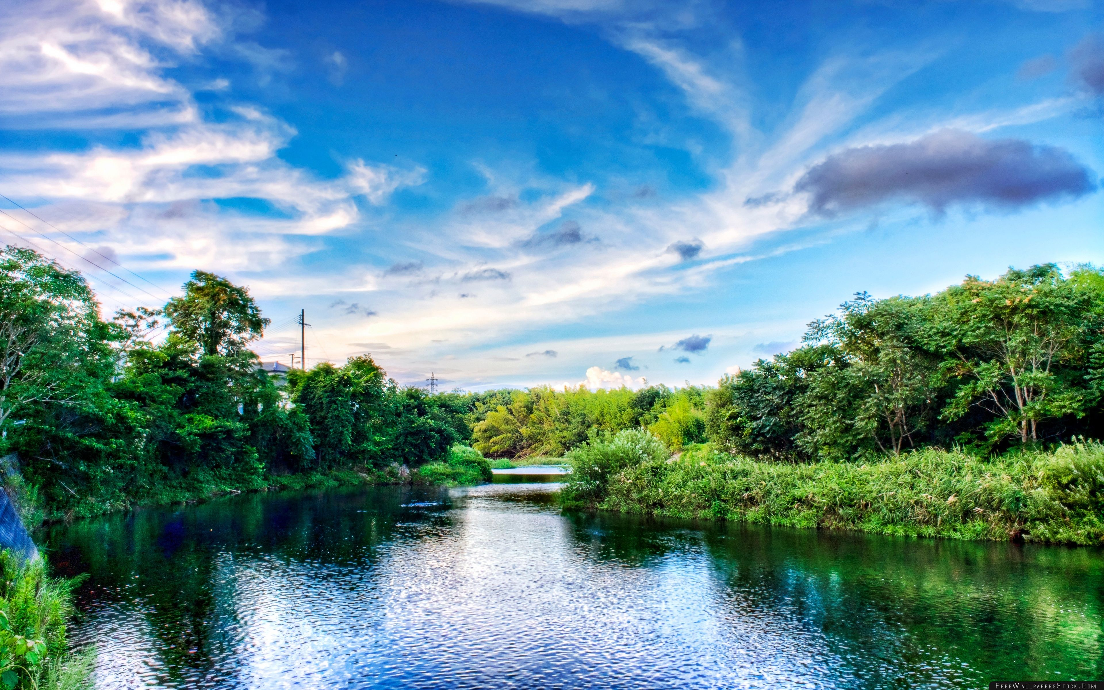 Download Free Wallpaper The River Flows There