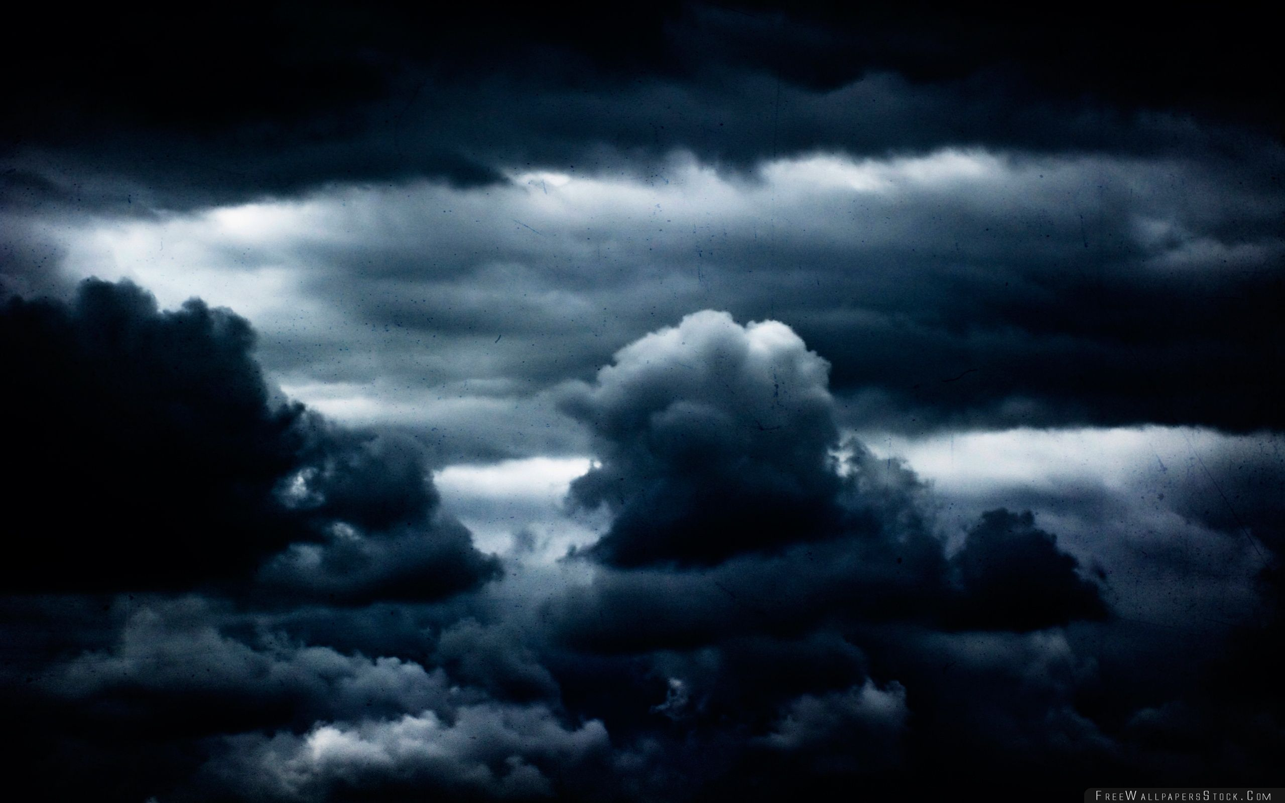 Download Free Wallpaper Vintage Clouds