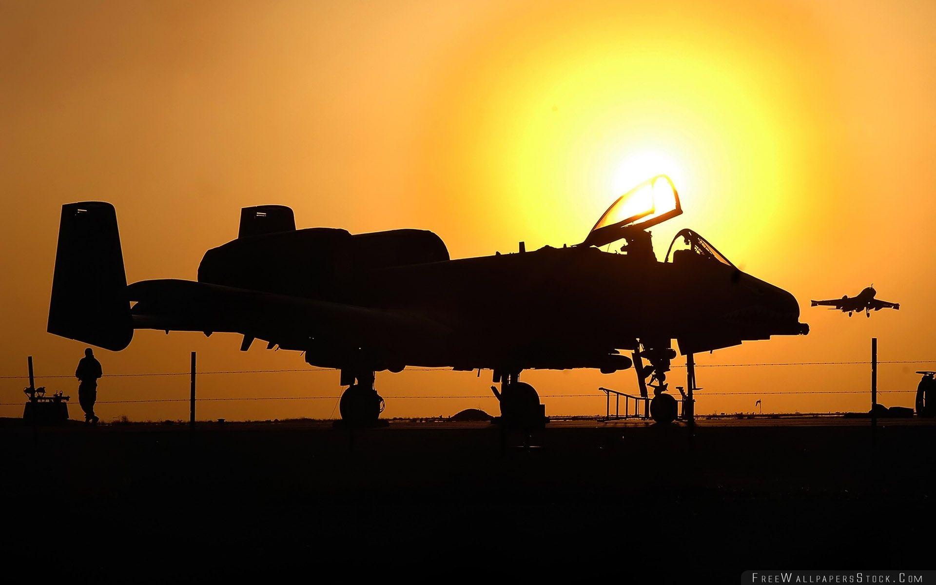 Download Free Wallpaper War Airplane