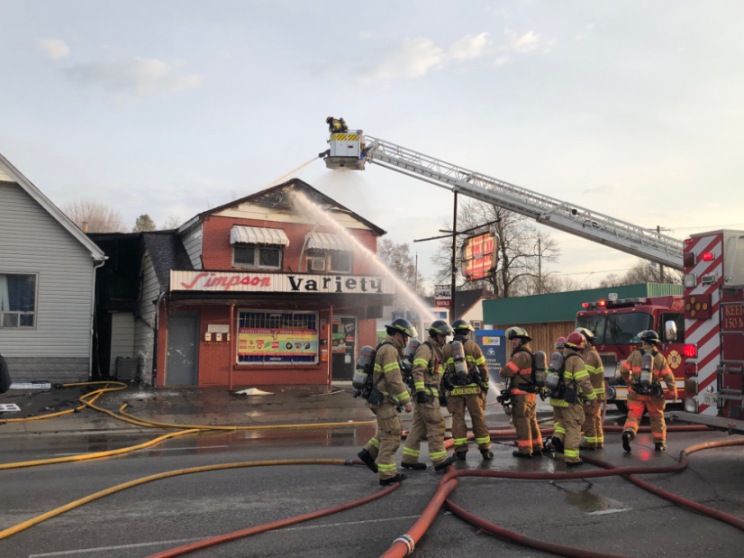 1004 Oxford St E Store Fire