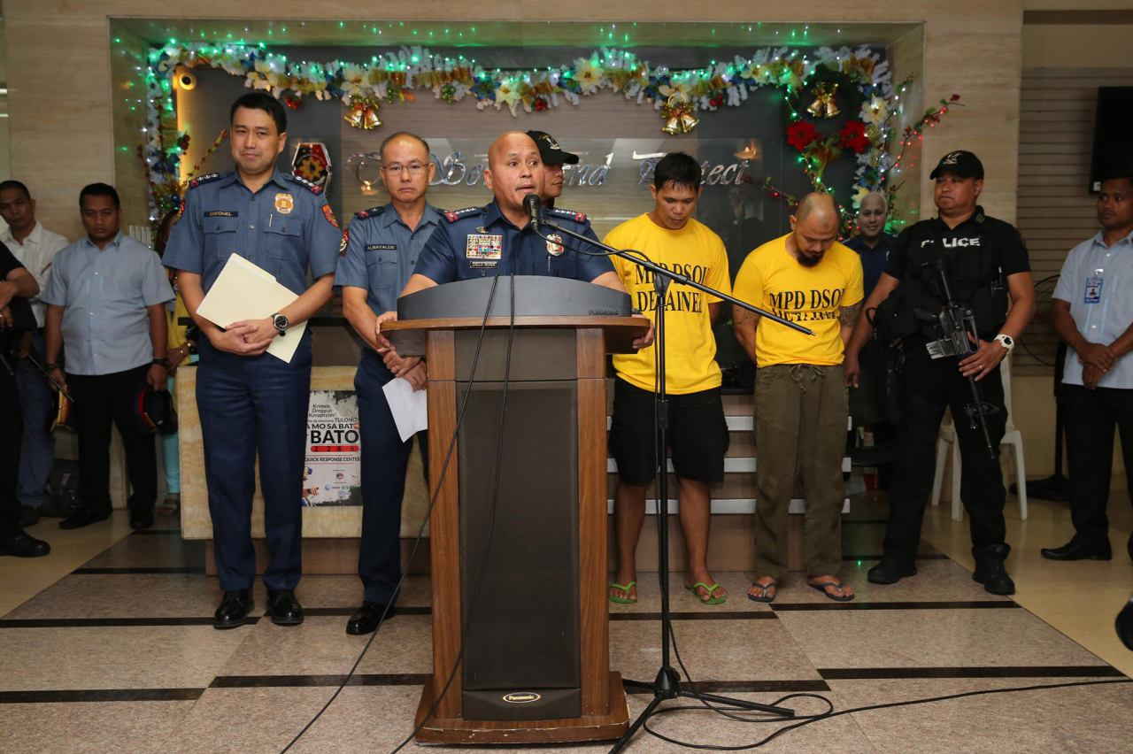 PNP Chief and Police Director General Ronald Dela Rosa presents two arrested suspects involved in placing IEDs near the US Embassy, December 1, 2016