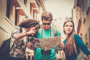 5 Reasons American Tourists Rock! - BluntMoms.com
