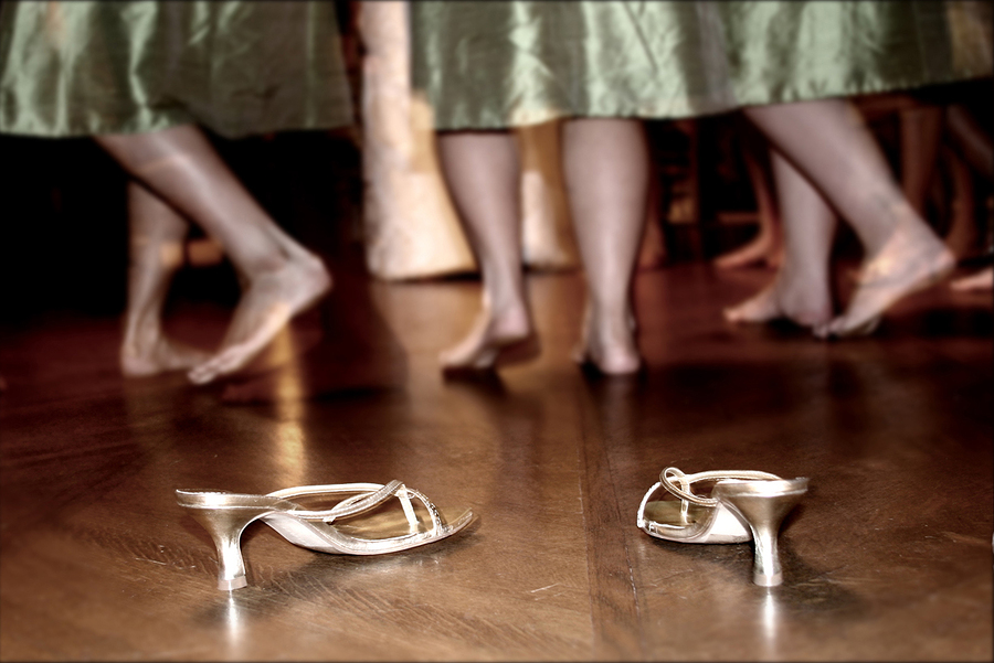 What I Learned on the Wedding Dance Floor - BluntMoms.com