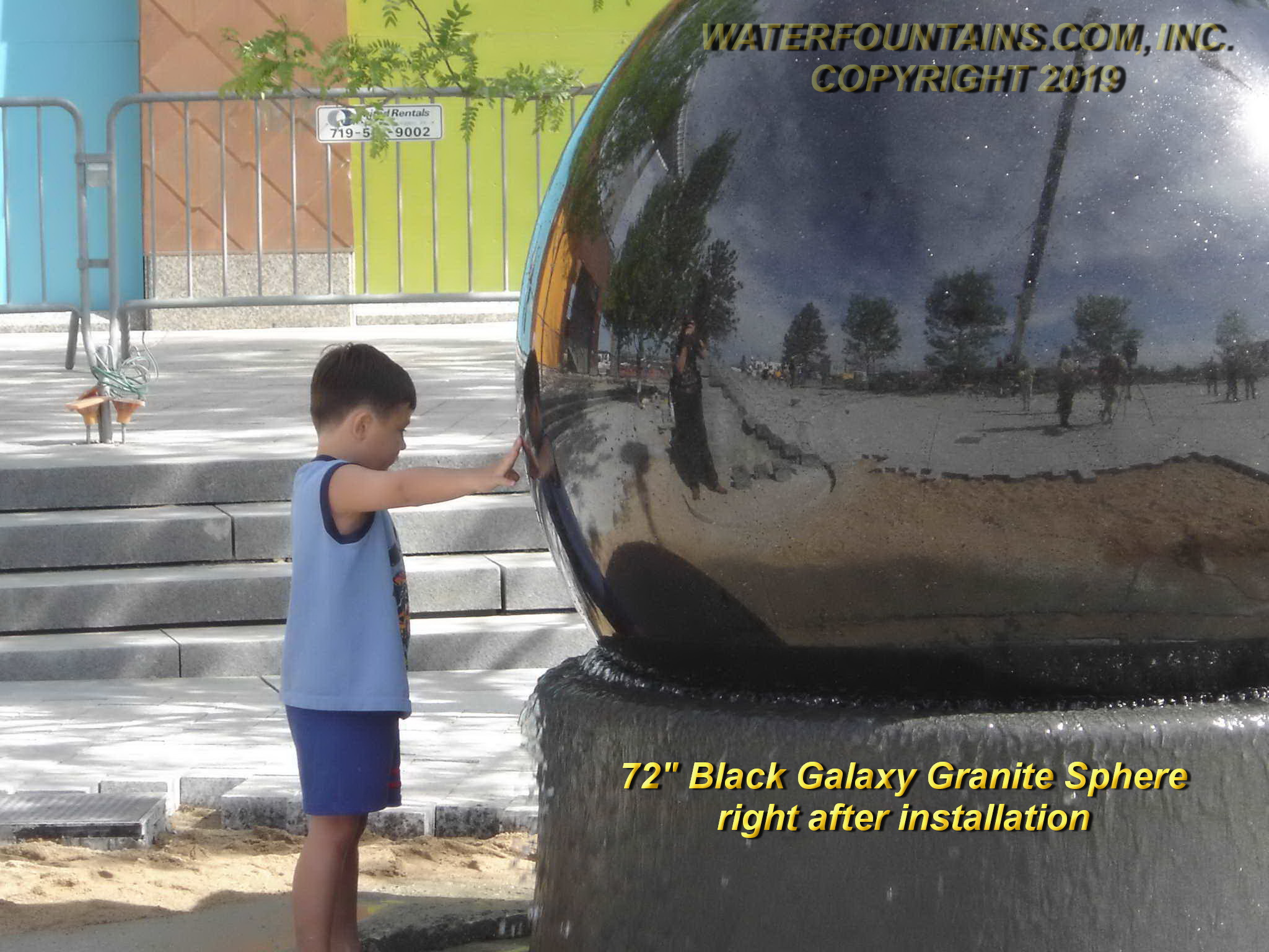 GRANITE SPHERE BALL WATER FOUNTAIN - 046