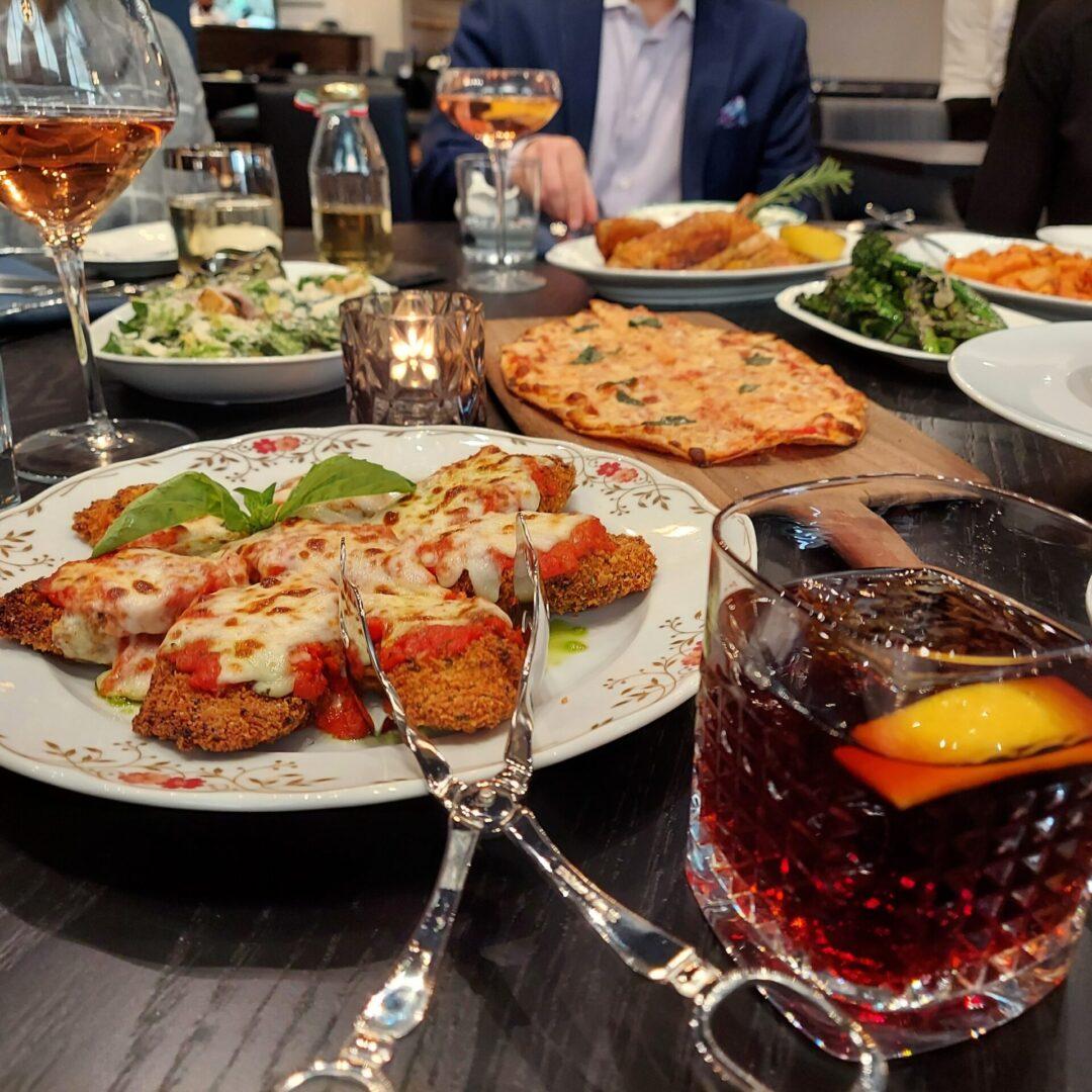Al_Solito_Posto_Table