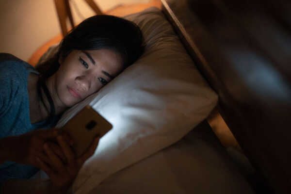 The Research Says We're Having a Harder Time Falling Asleep