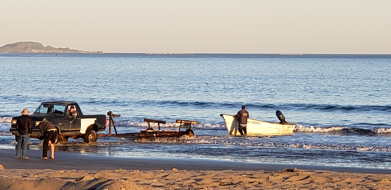 Fishing-boat-launch-at-La-Jolla-Beach