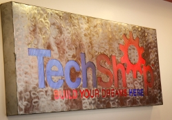 April 9, 2015: Senator Costa tour the TechShop with Governor Wolf on the Jobs that Pay Tour.